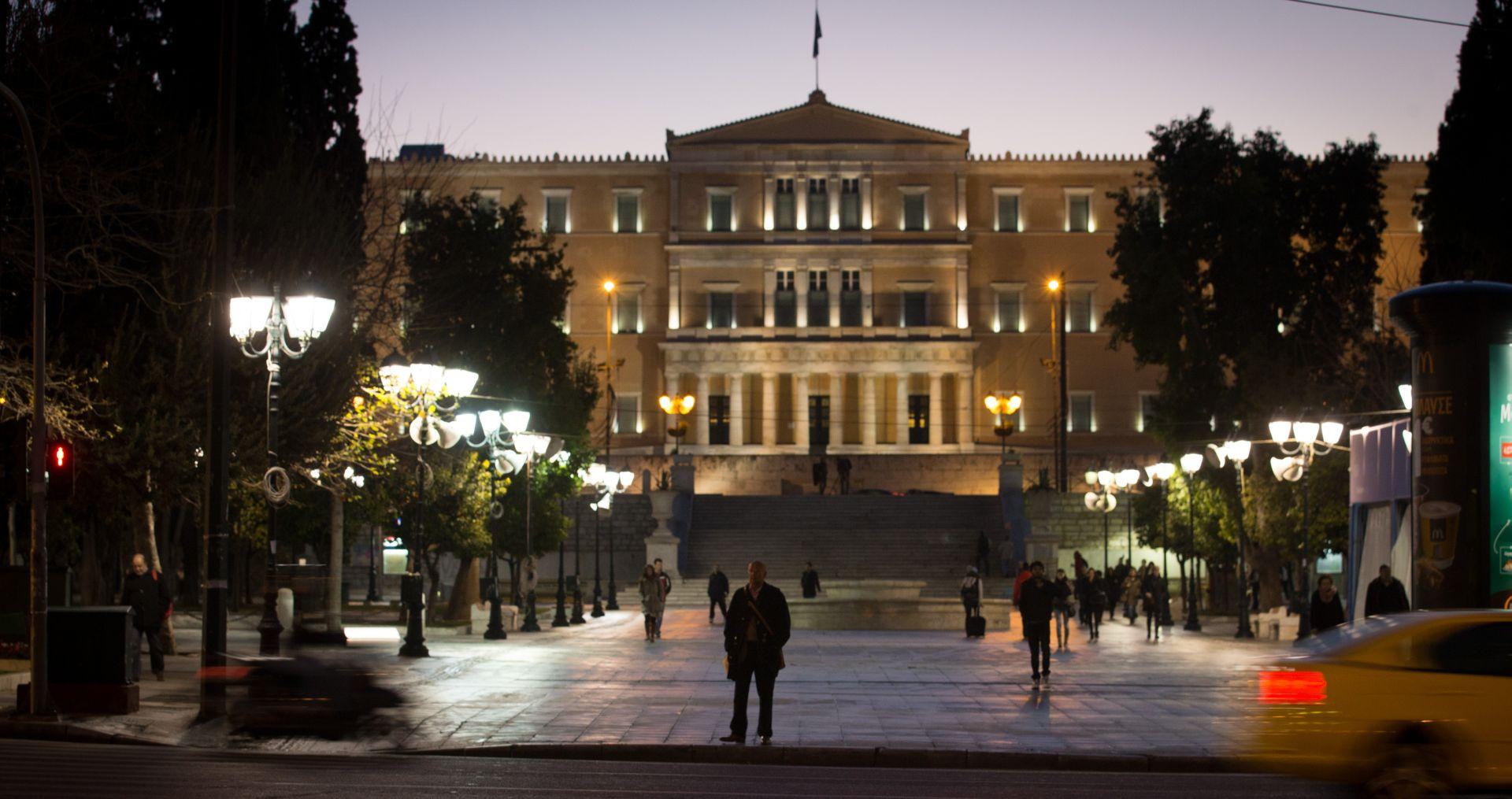 Ciprasu prihvatljiv referendum kako bi se izbjegao raskol Sirize