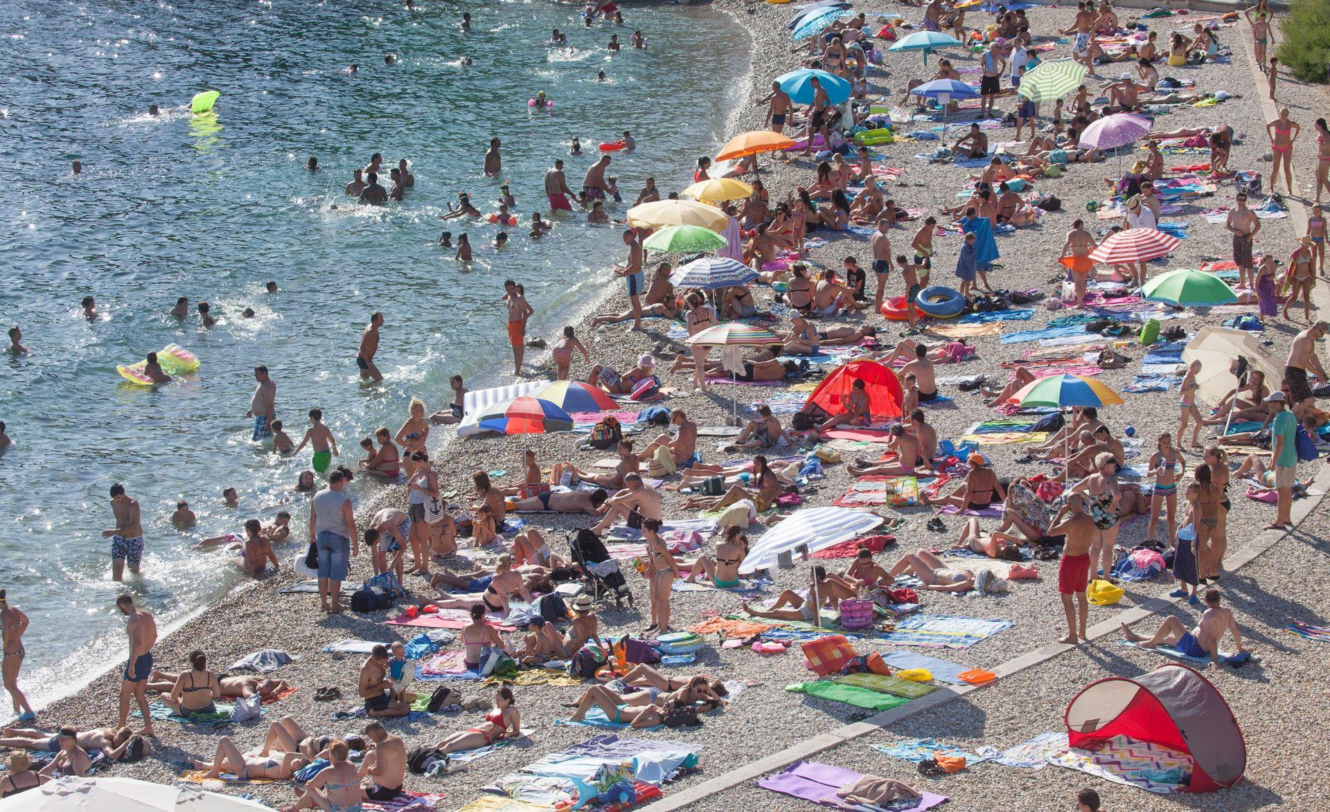 LALOVAC TRAŽI ODGOVORE Turista više, a izdanih računa manje