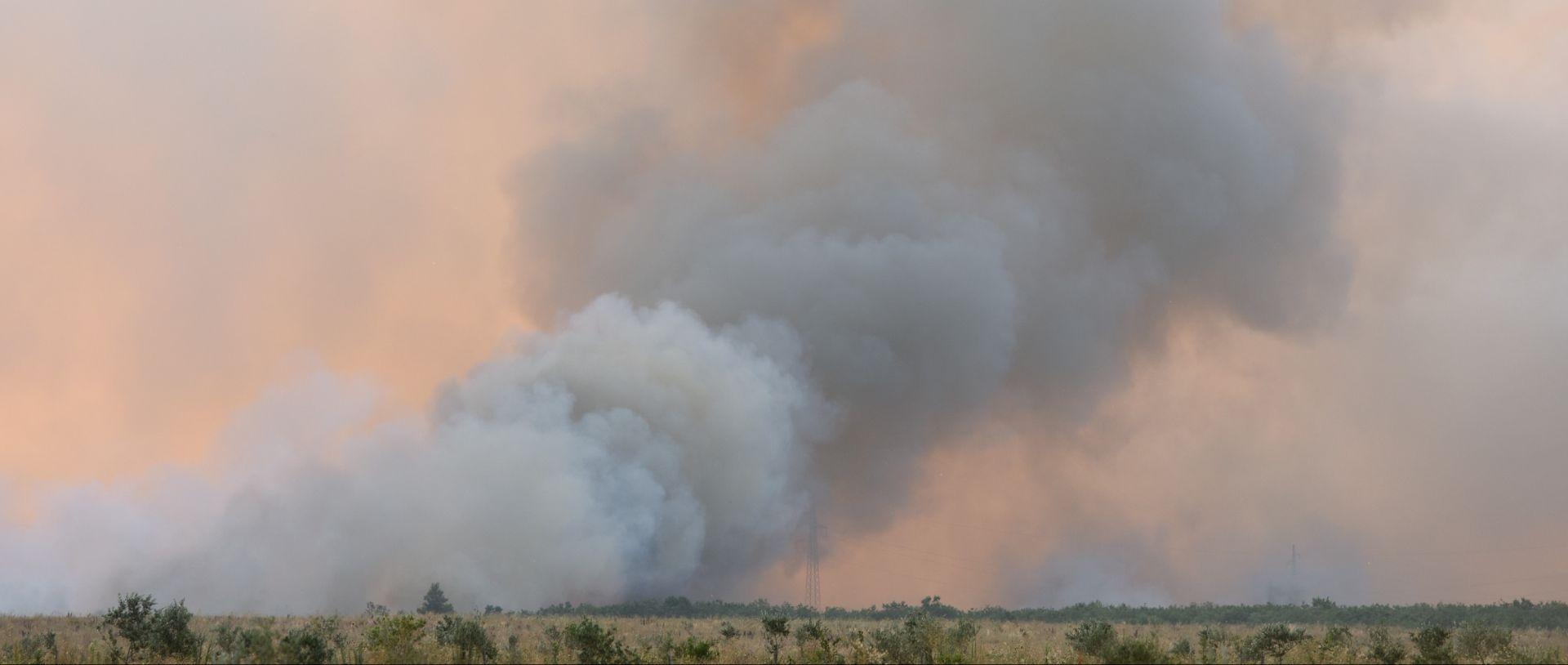 PIROMAN HARA OKO ČAPLJINE: Ozlijeđena dva vatrogasca i nagorjelo jedno vatrogasno vozilo