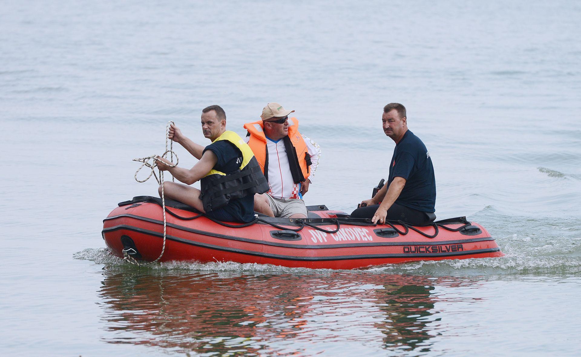 POTRAGA TRAJE Automobil izvučen iz jezera, tijelo majke Ivane još nije pronađeno