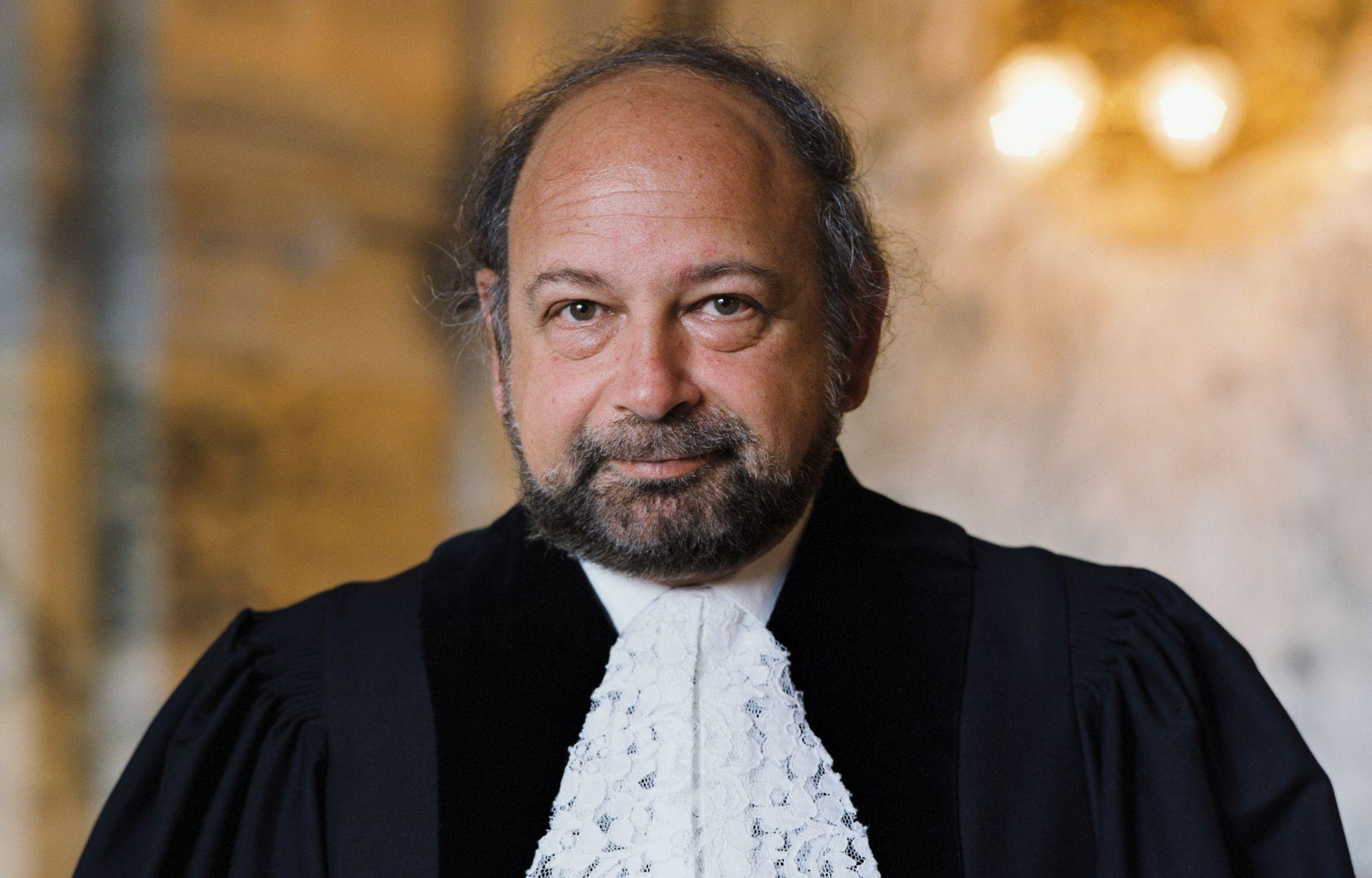 NOVI ARBITRAR SLOVENIJE Predsjednik Međunarodnog suda pravde Ronny Abraham izabran po hitnom postupku