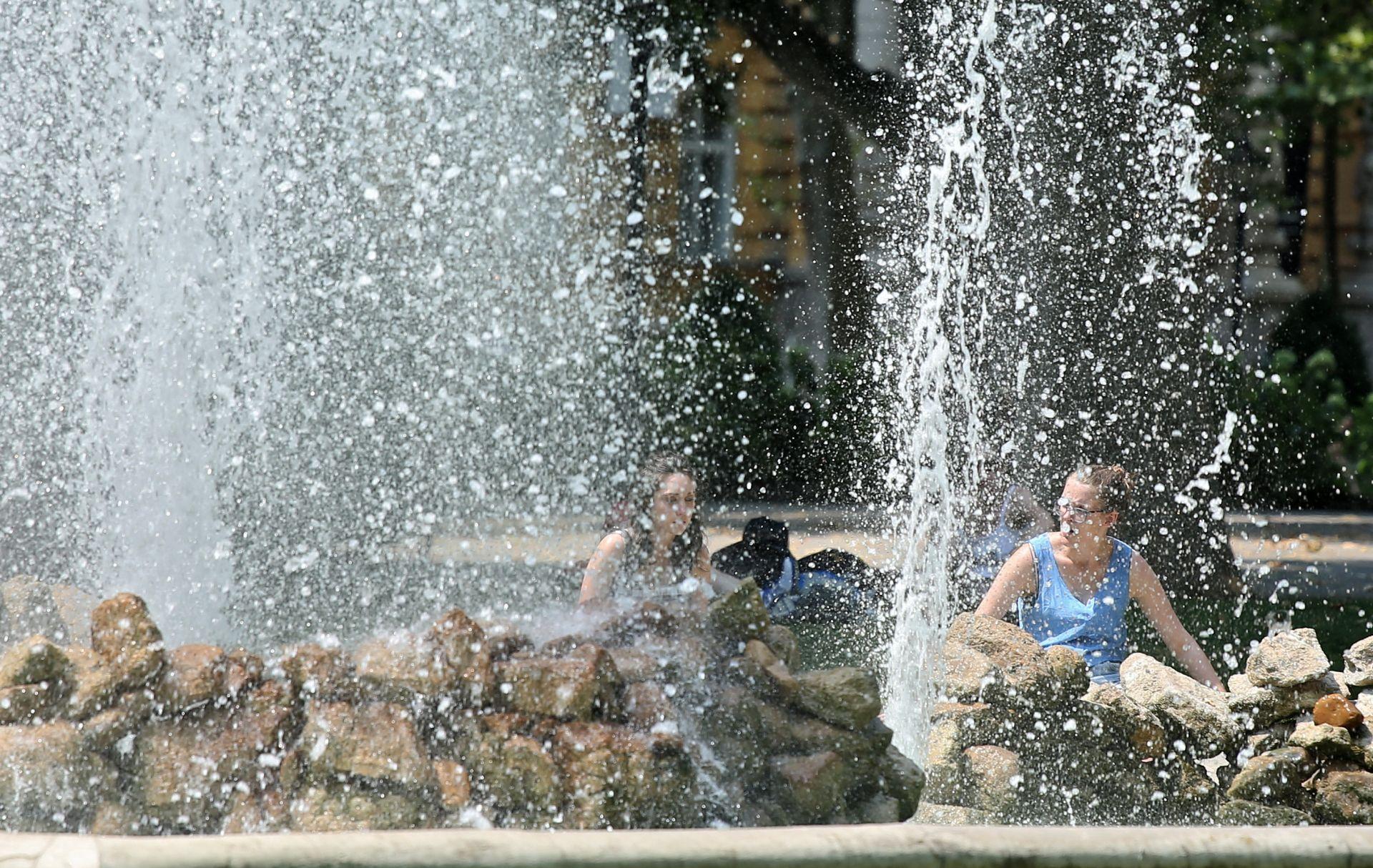 LJETO NIJE GOTOVO: Počinje tjedan vrućina, temperatura raste do 33 stupnja Celzijeva
