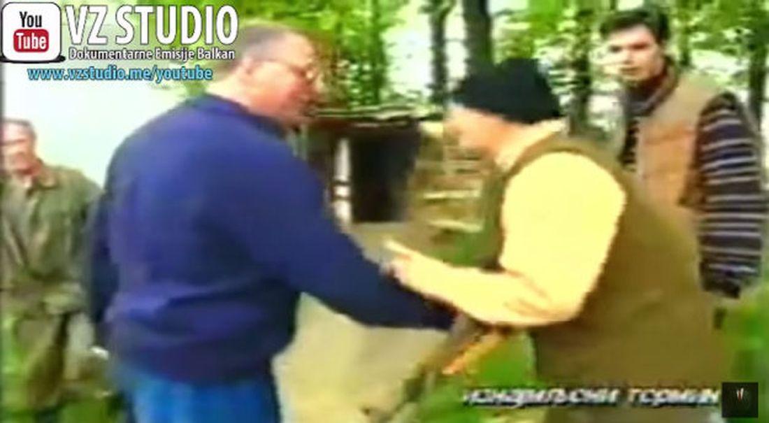 VIDEO: IZNAD OPKOLJENOG SARAJEVA Srpski premijer Vučić 1995. pucao po Sarajevu?