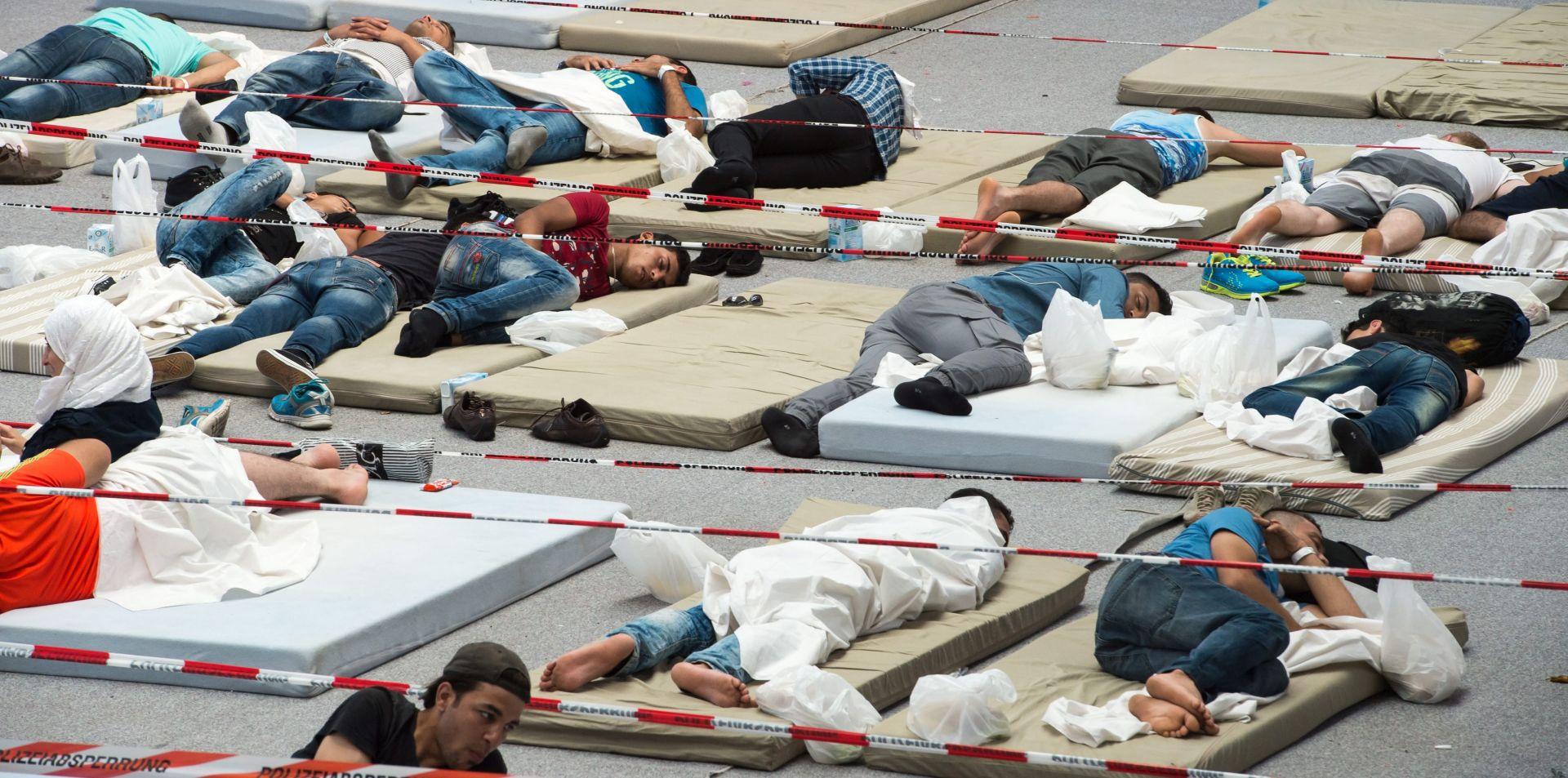 Njemački ministar očekuje daleko više od 400.000 azilanata