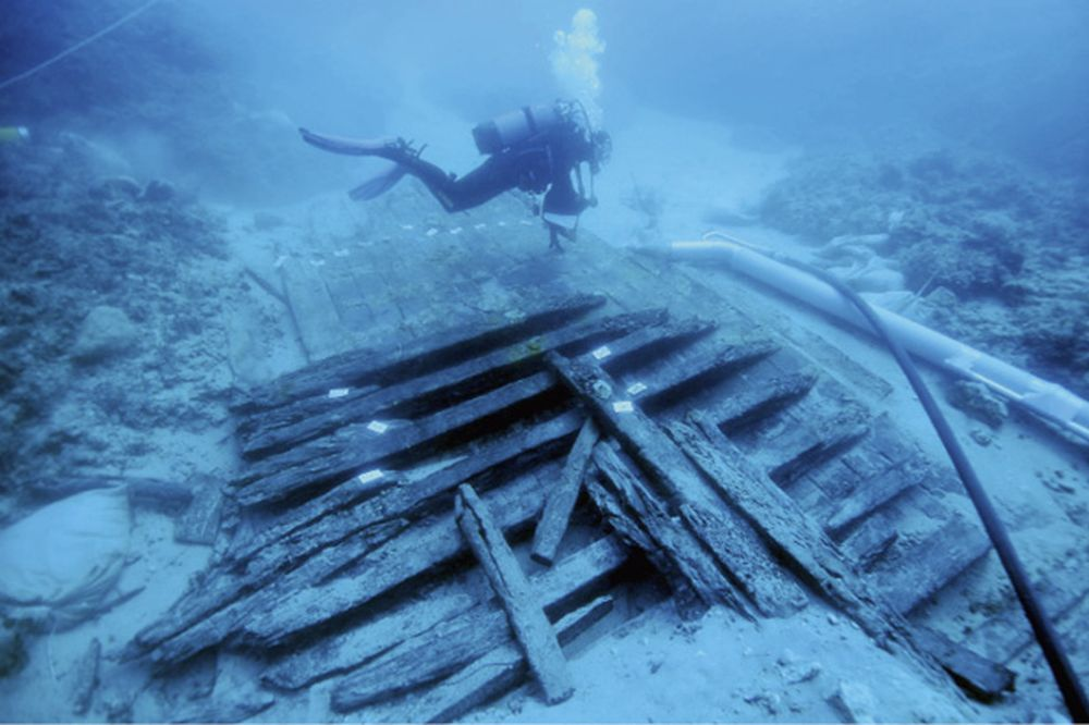 FOTO: I. MIHOLJEK; Ostaci brodske konstrukcije