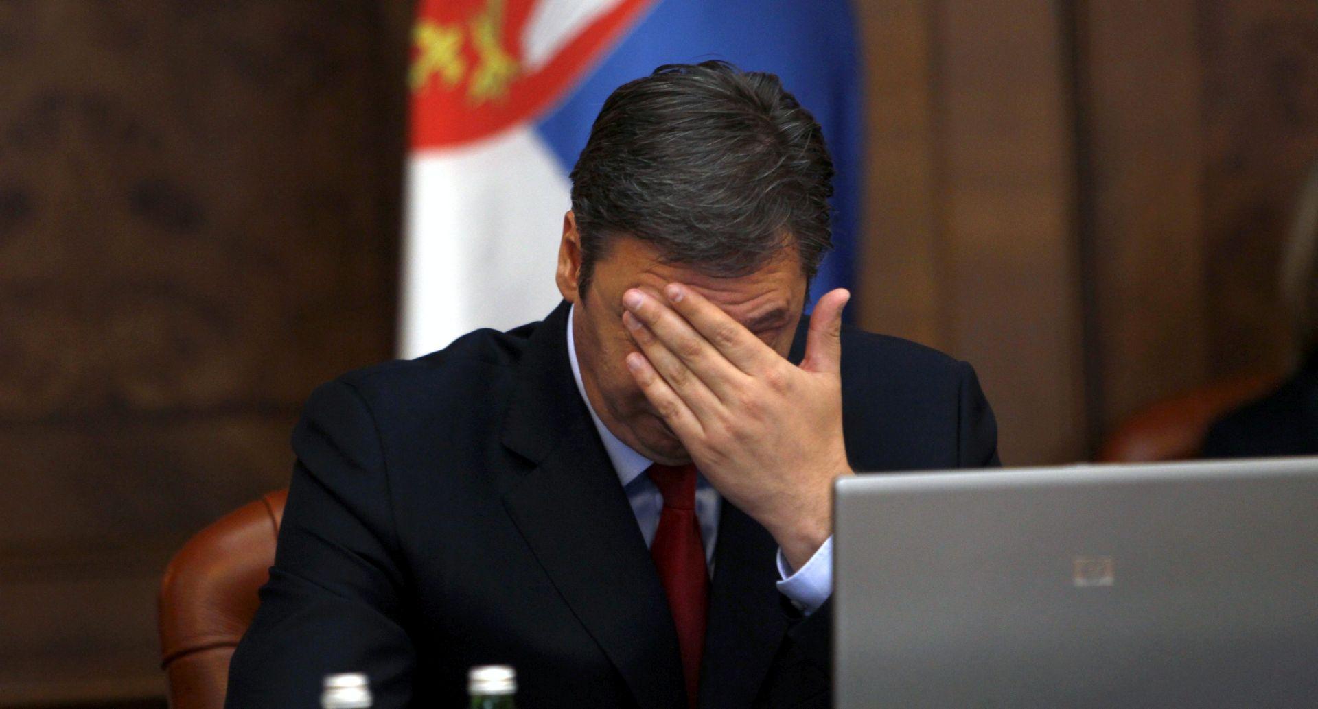 """VUČIĆA RAZOČARALE ZAPADNE AMBASADE U BEOGRADU """"Morali su spustiti zastave na pola koplja na Dan žalosti"""""""