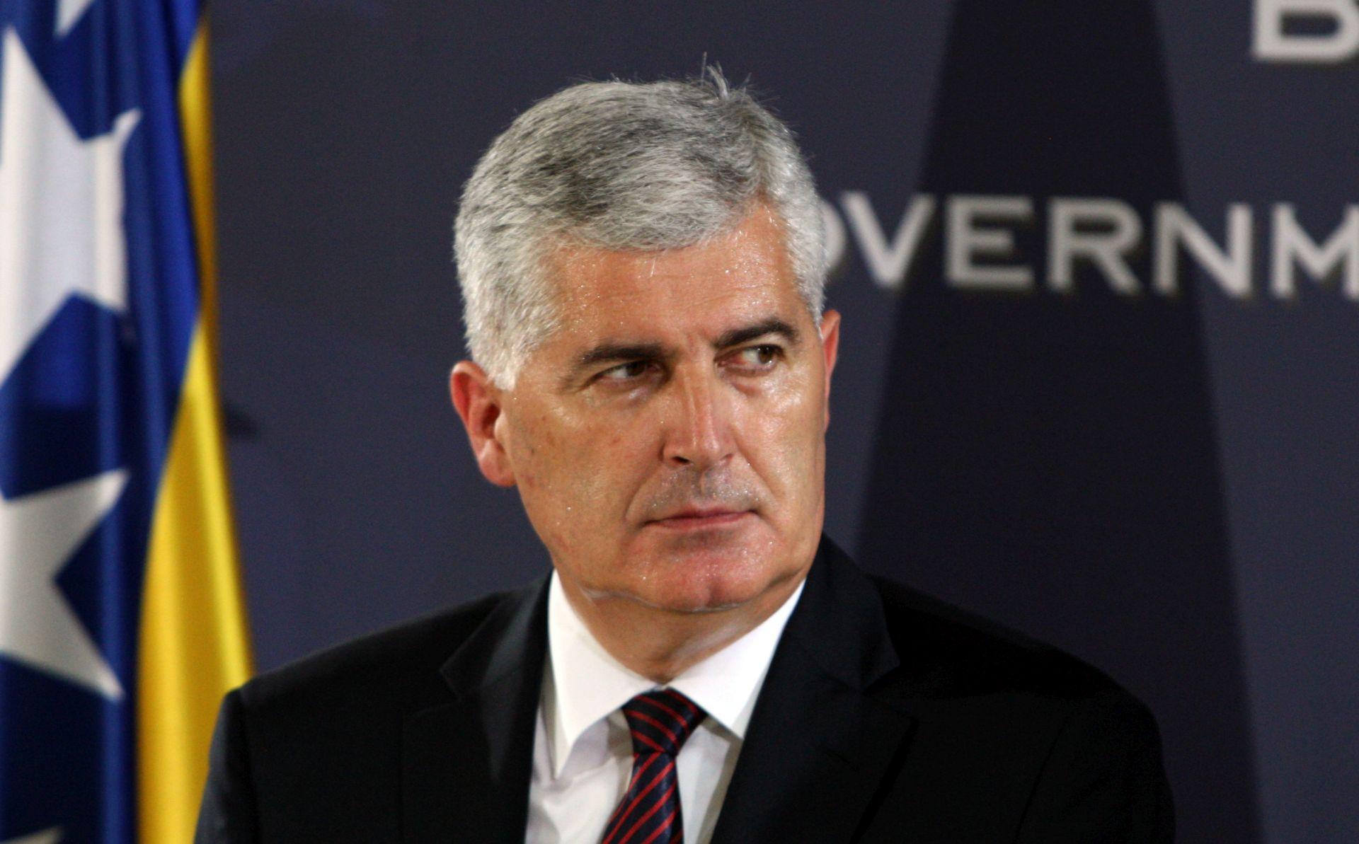 Čović: Prijateljski pregovaramo o granici s Hrvatskom i Srbijom