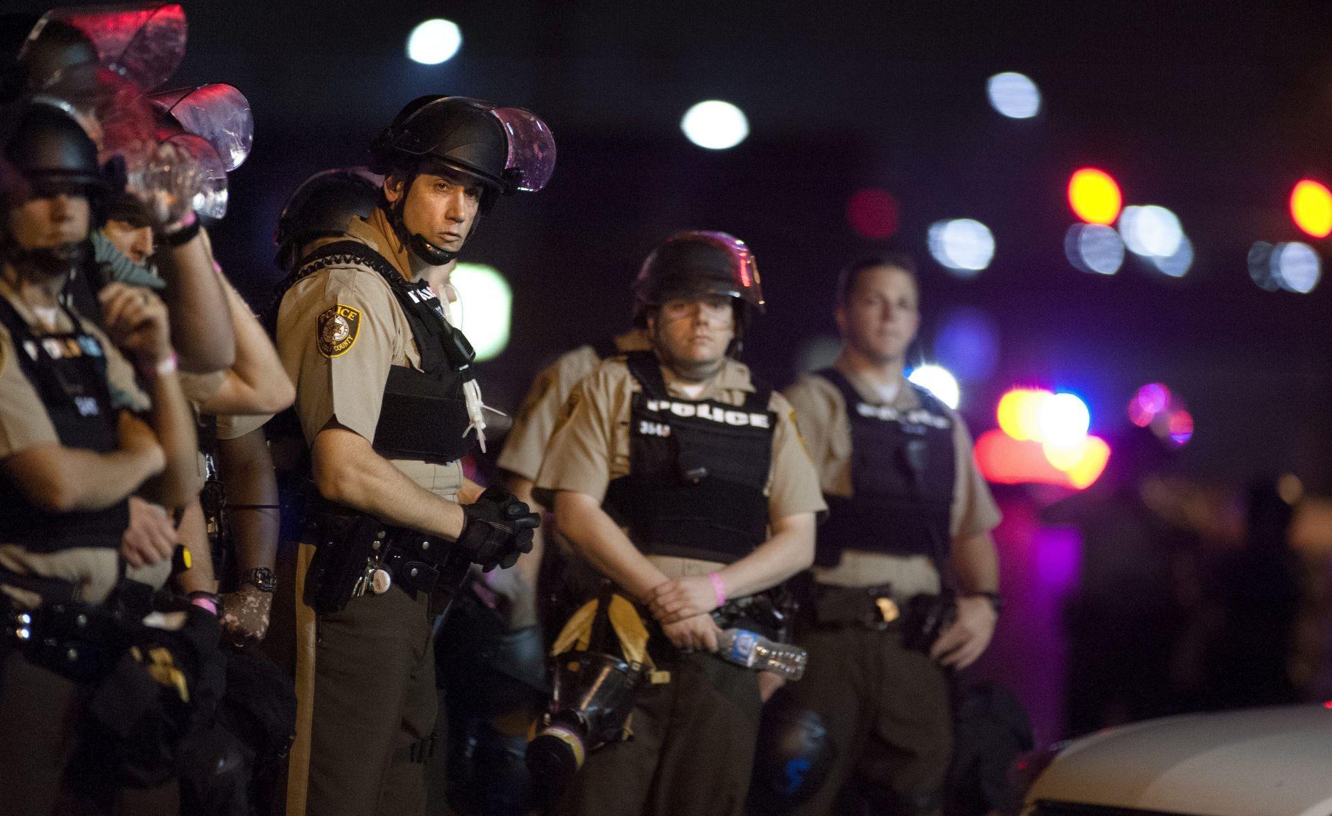 Ferguson: Neredi na obilježavanju obljetnice ubojstva Michaela Browna