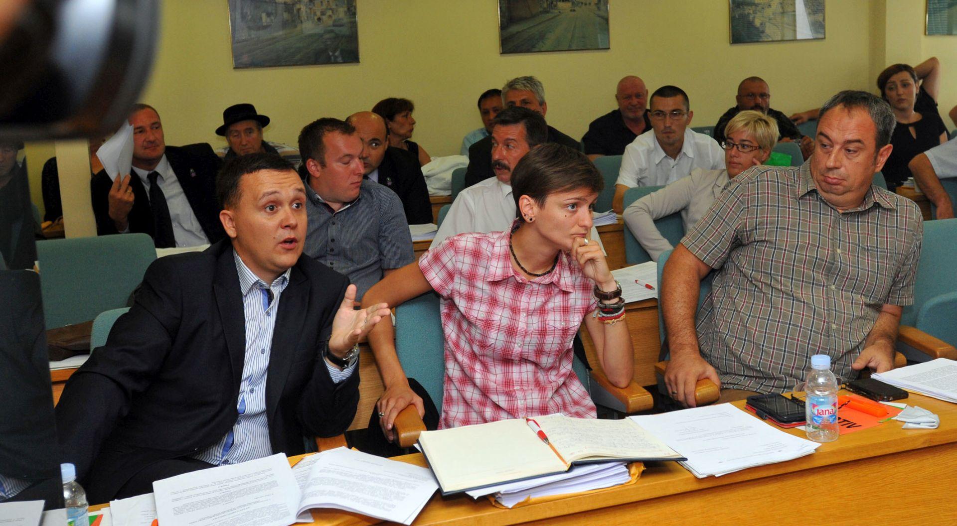 Vukovarska oporba: Izmjene Statuta manjkave i protivne demokraciji