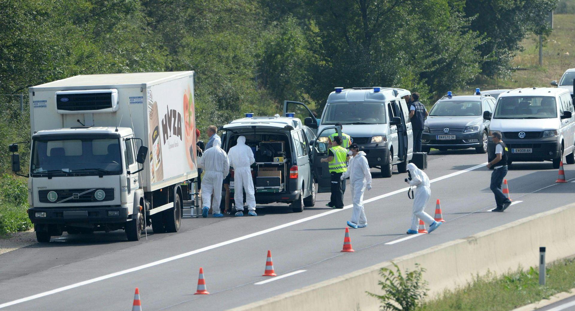 STRAVA U AUSTRIJI: U kamionu u Austriji ugušilo se najmanje 71 izbjeglica