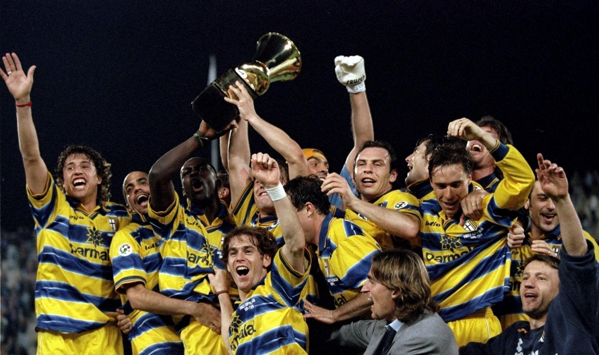 RASPRODAJA PROŠLOSTI Na aukciji svi Parmini trofeji, čak i registrirani zaštitni znak