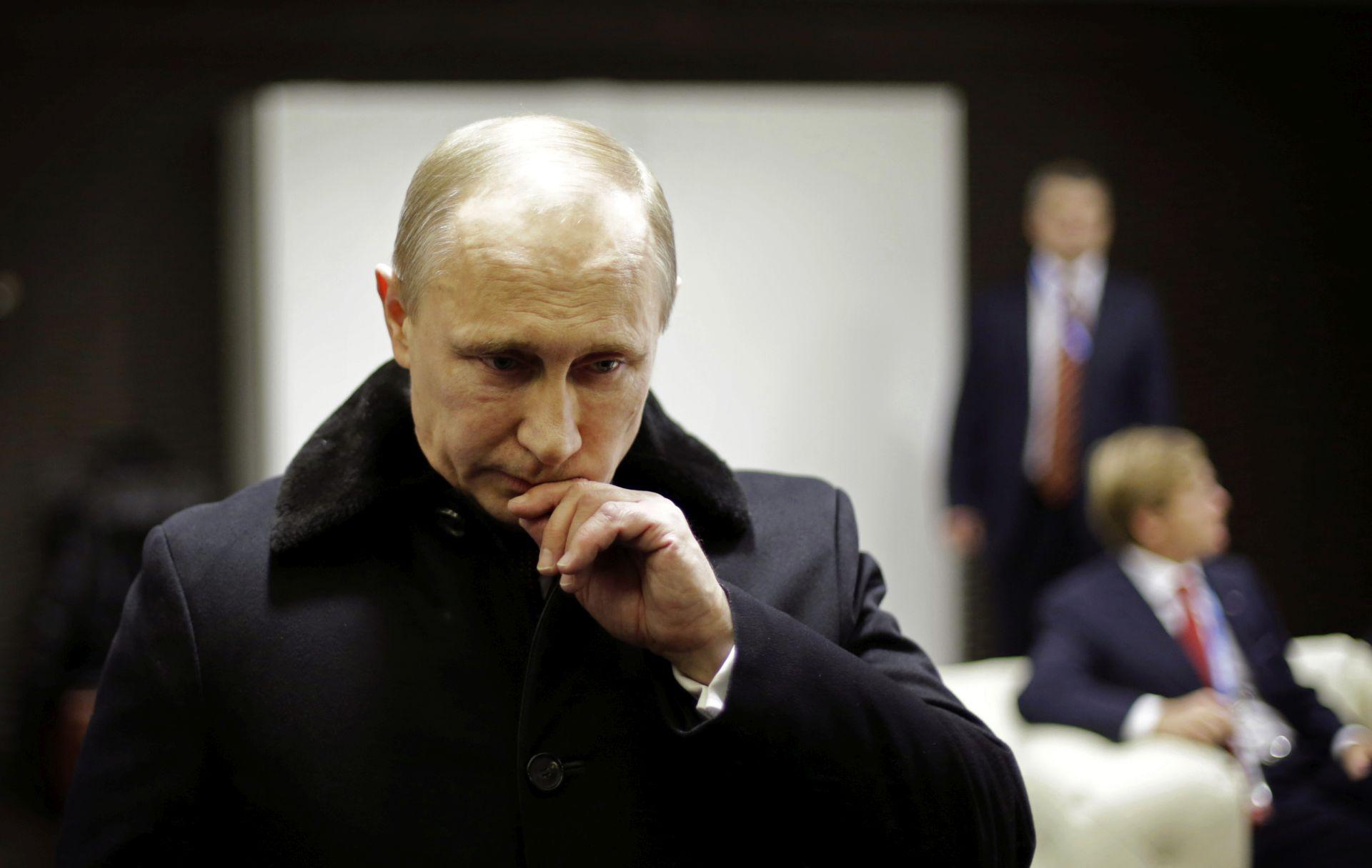 Putin na Krimu upozorio Tatare da ne očekuju poseban status