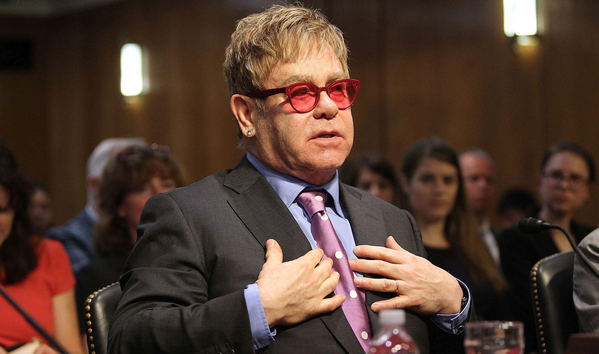 Putin i Elton John mogli bi se sastati u svibnju u Rusiji
