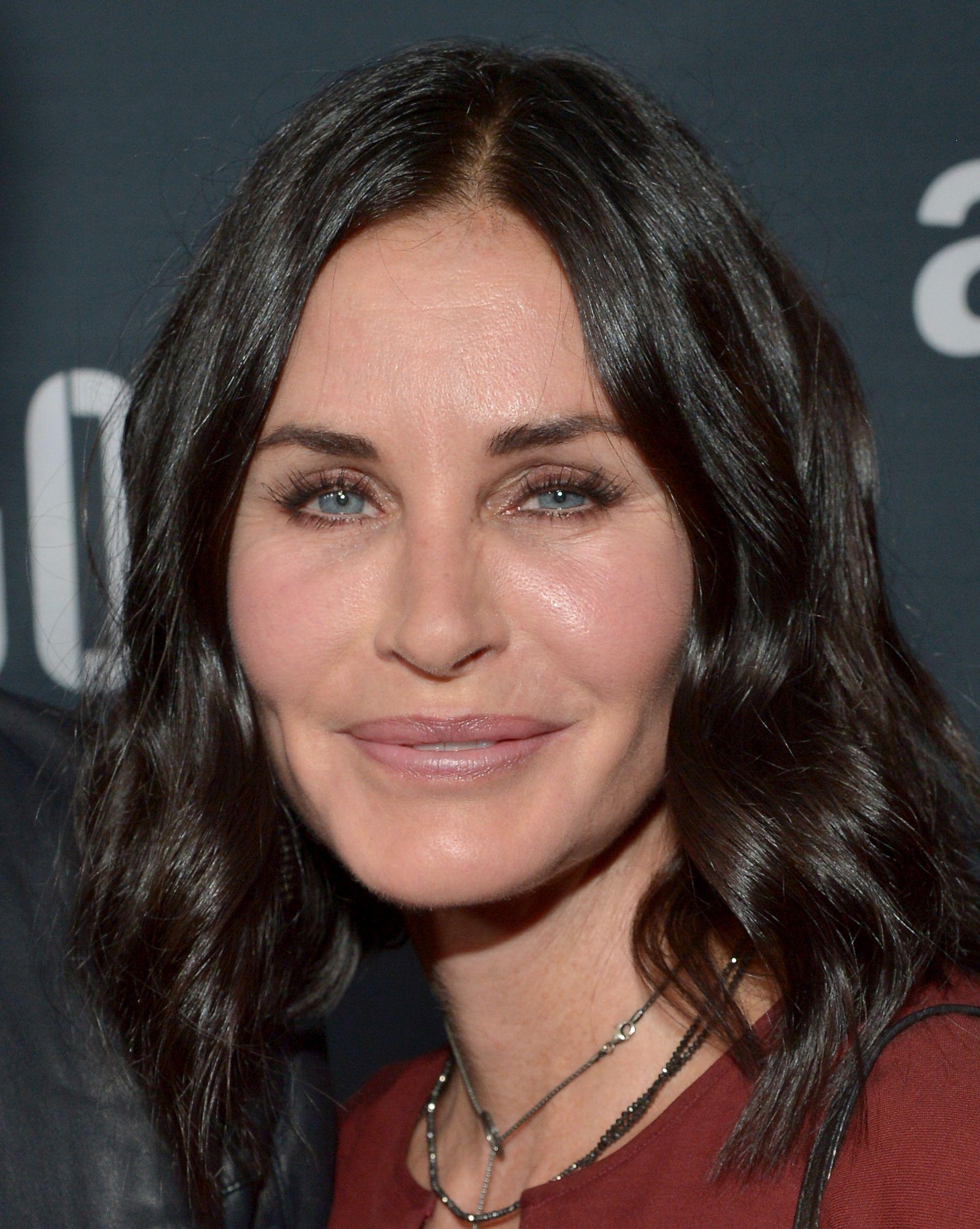 NEPREPOZNATLJIVA Je li simpatična prijateljica Monica malo pretjerala s Botoxom?