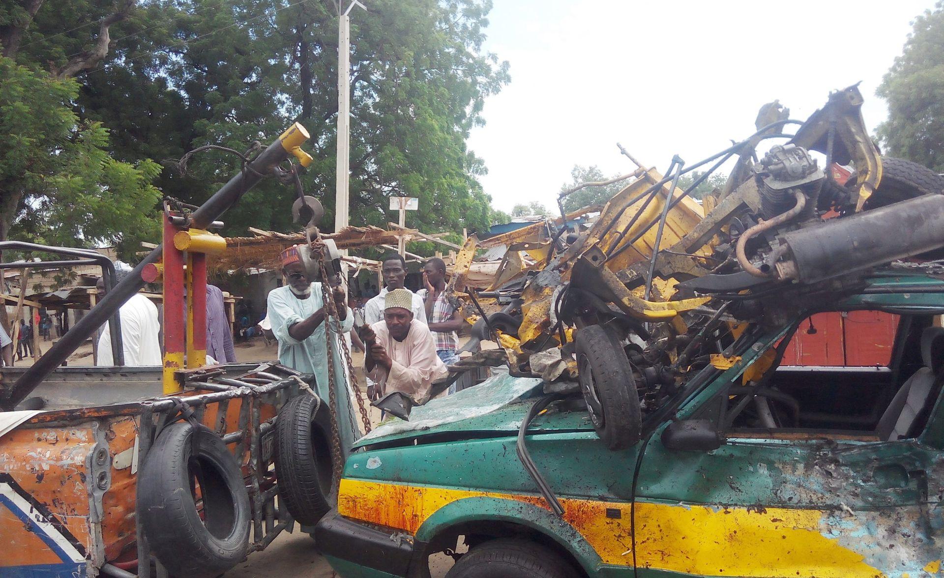 NAPAD NA AUTOBUSNI KOLODVOR Tinejdžerica se raznijela u Nigeriji, najmanje 6 poginulih