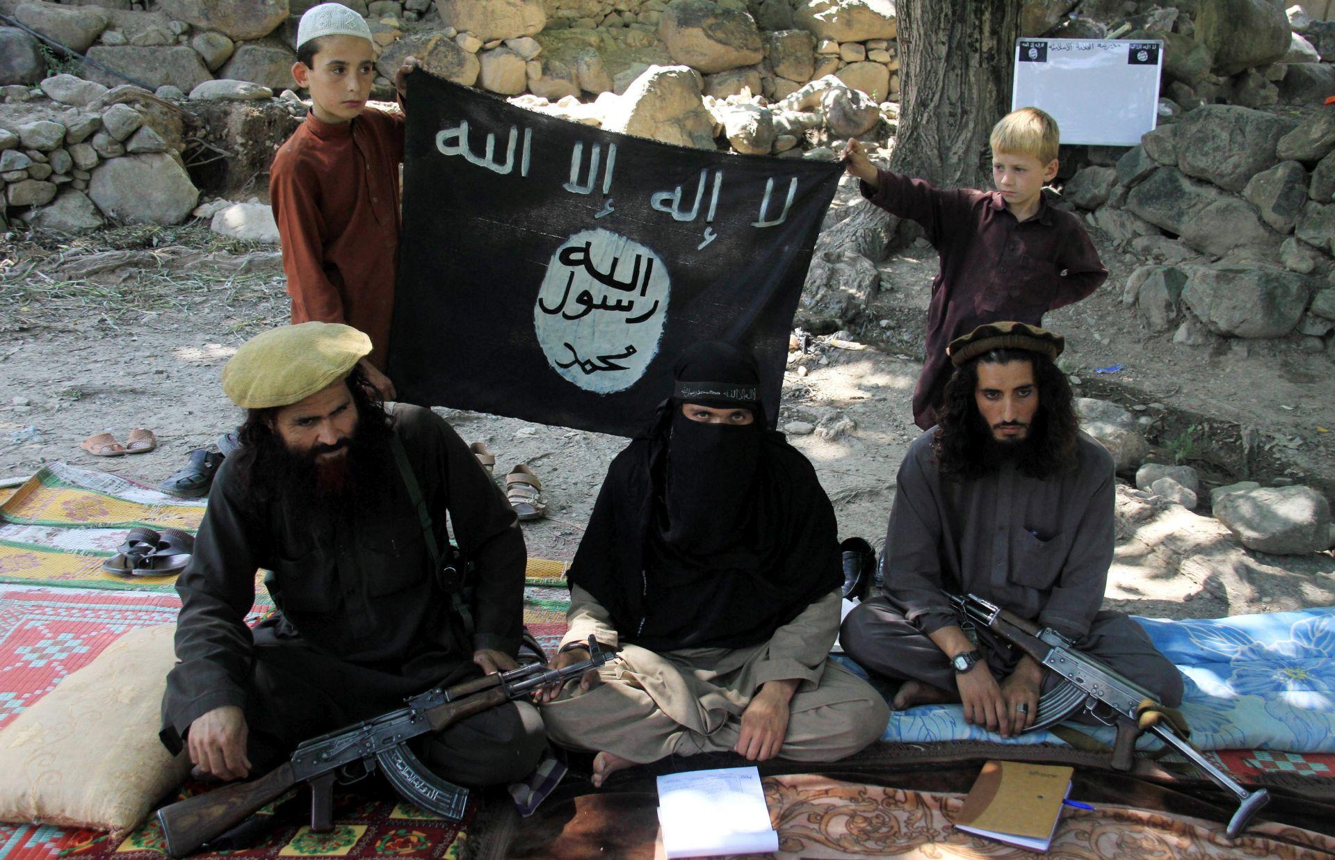POBUNILI SE PROTIV OKRUTNOSTI: IS likvidirao suparničke borce u Libiji