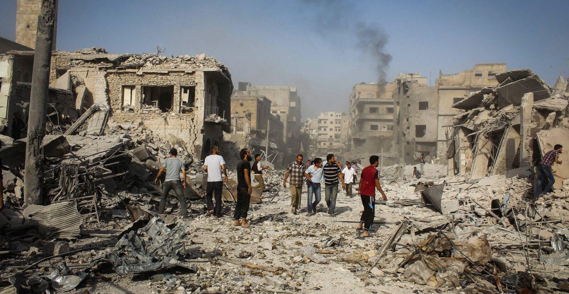 SIRIJA: Konvoj s pomoći krenuo u opkoljeni grad