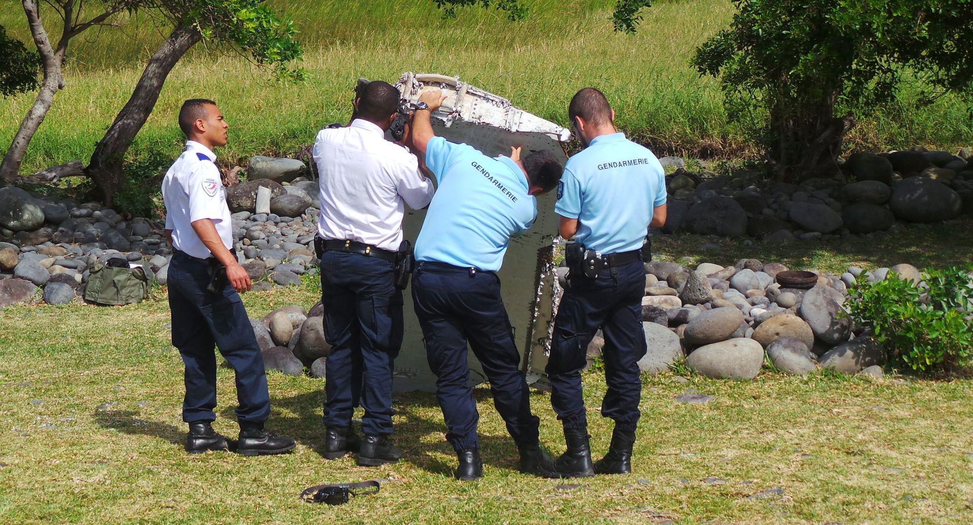 SLIJEPA ULICA Još uvijek nije dokazano je li krhotina sa Reuniona dio nestalog MH370