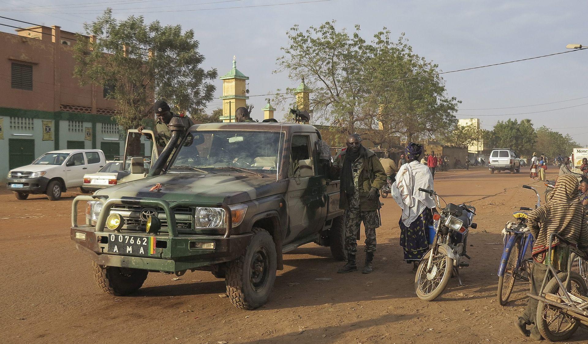 Policija okončala talačku krizu u gradu Sevare u Maliju, najmanje sedam mrtvih