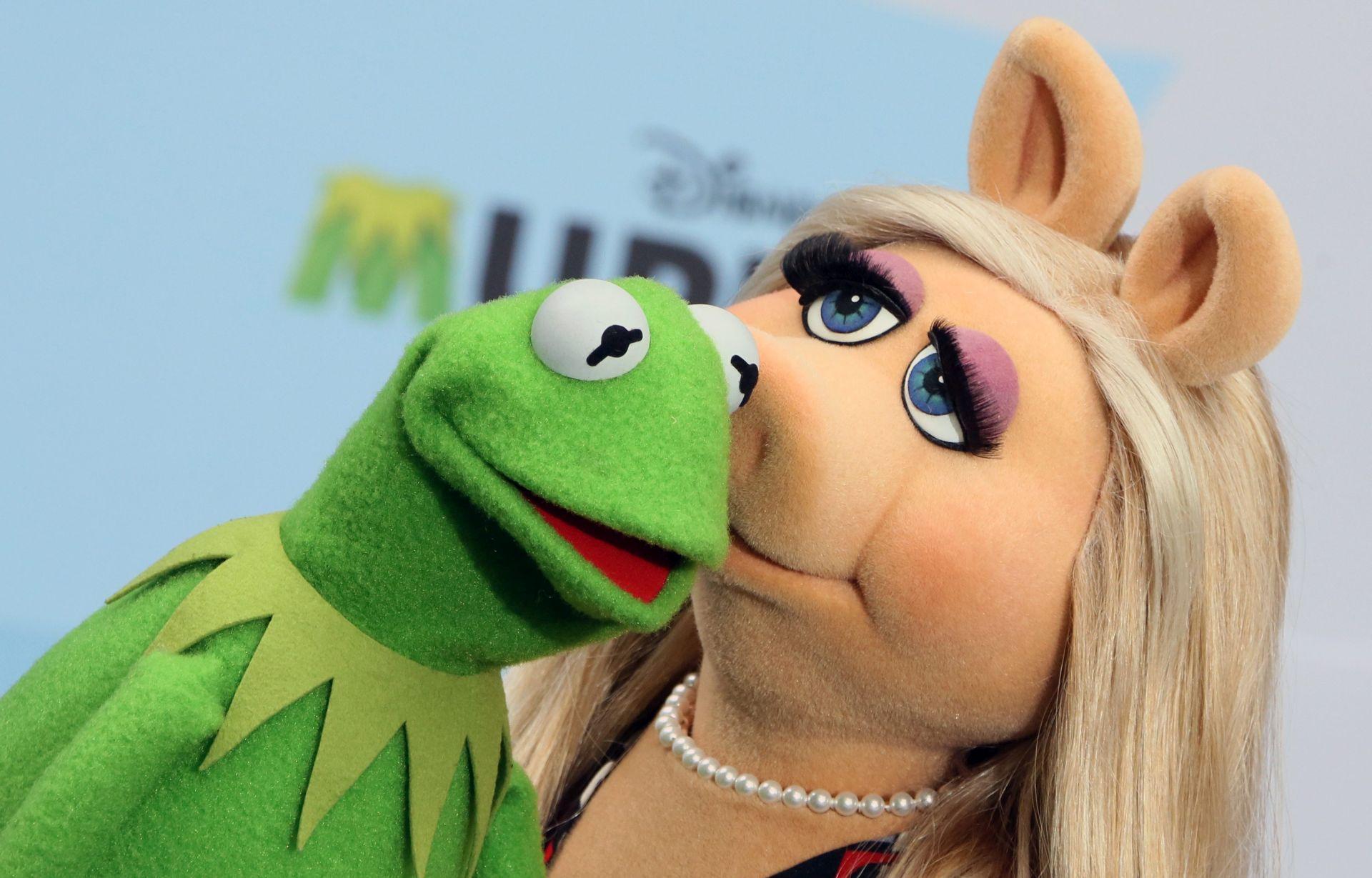 NIJE GUBIO VRIJEME NAKON RAZVODA OD MISS PIGGY Kermitova nova ljubav je svinja Denise