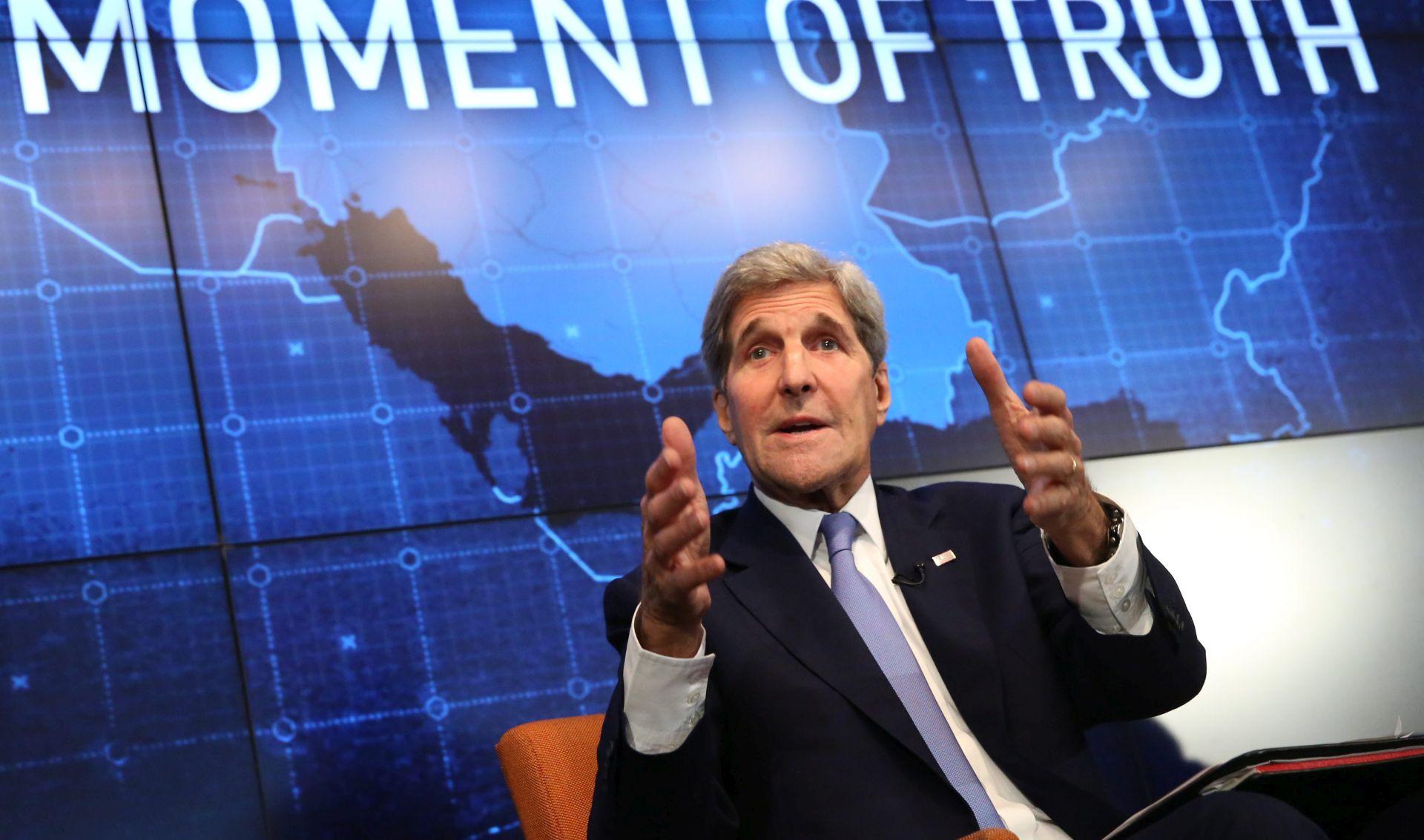 "KERRY LAVROVU: ""Riskirate sukob s koalicijom koja se bori protiv ISIL-a"""
