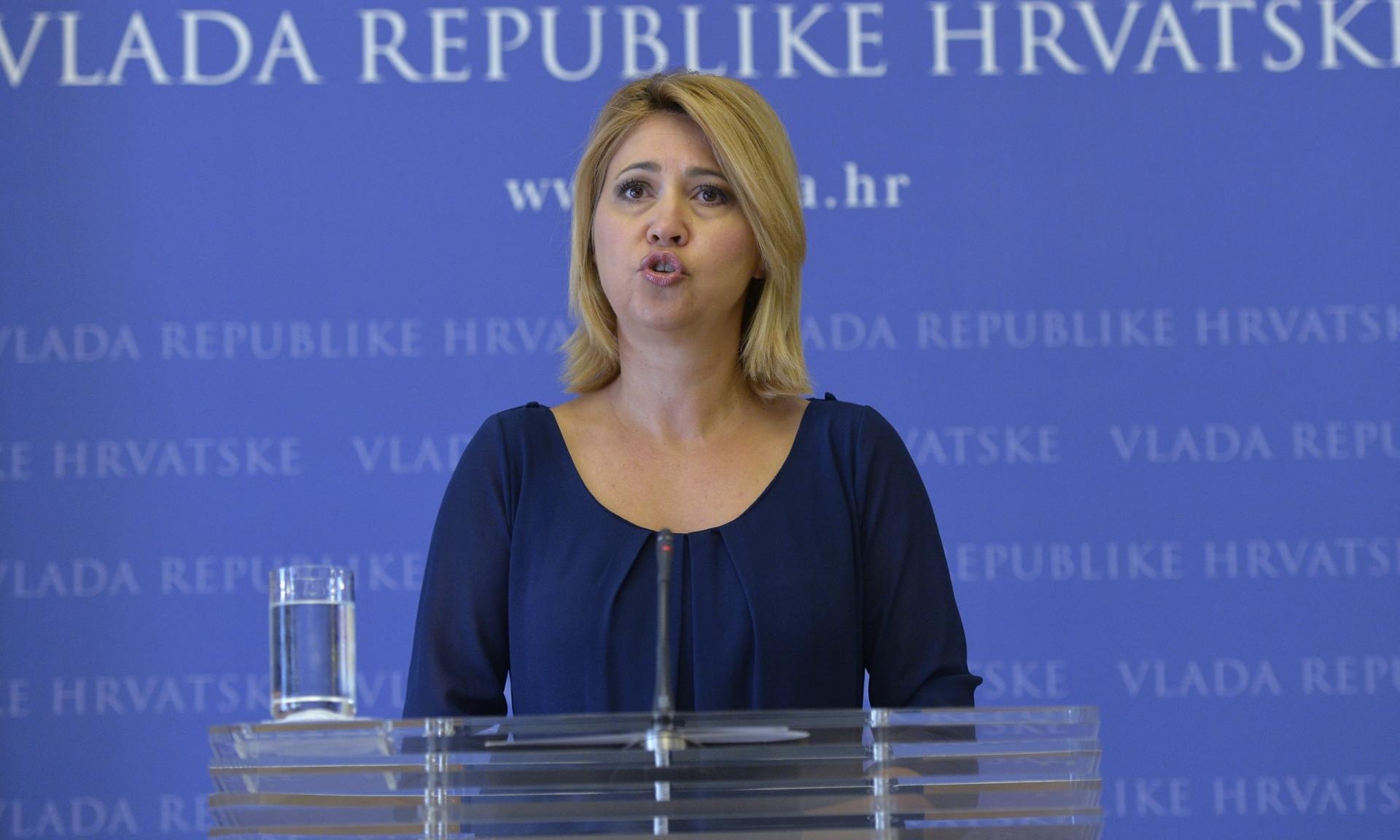 Sramotna indolencija MUP-a: Odgovornost za izbjeglice prebacili na Milanku Opačić