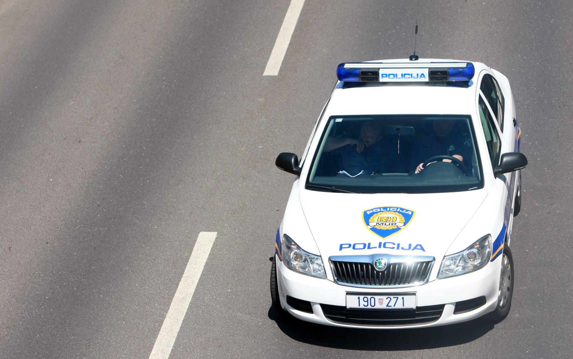 OČEVID U TIJEKU Motociklist poginuo kod graničnog prijelaza Zaton Doli
