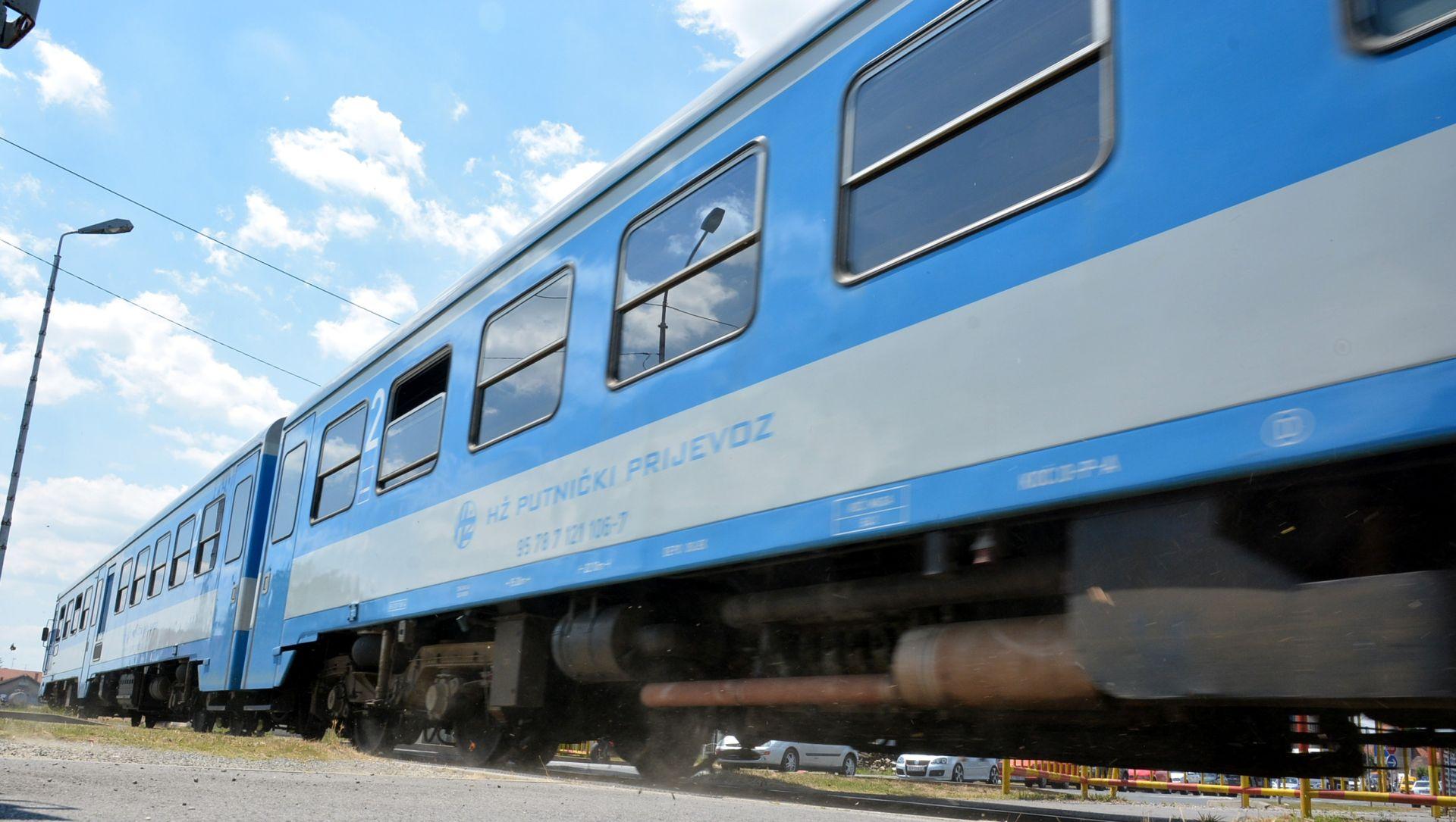 PUTUJ SELMA… Karlovčanin gurnuo glavu kroz prozor jurećeg vlaka, udario u stup i slomio lubanju