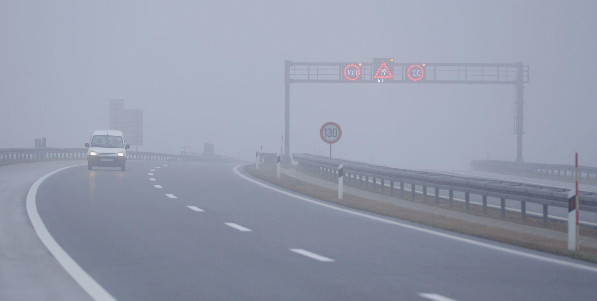 HAK Magla smanjuje vidljivost, mogući zastoji na dionicama gdje su u tijeku radovi