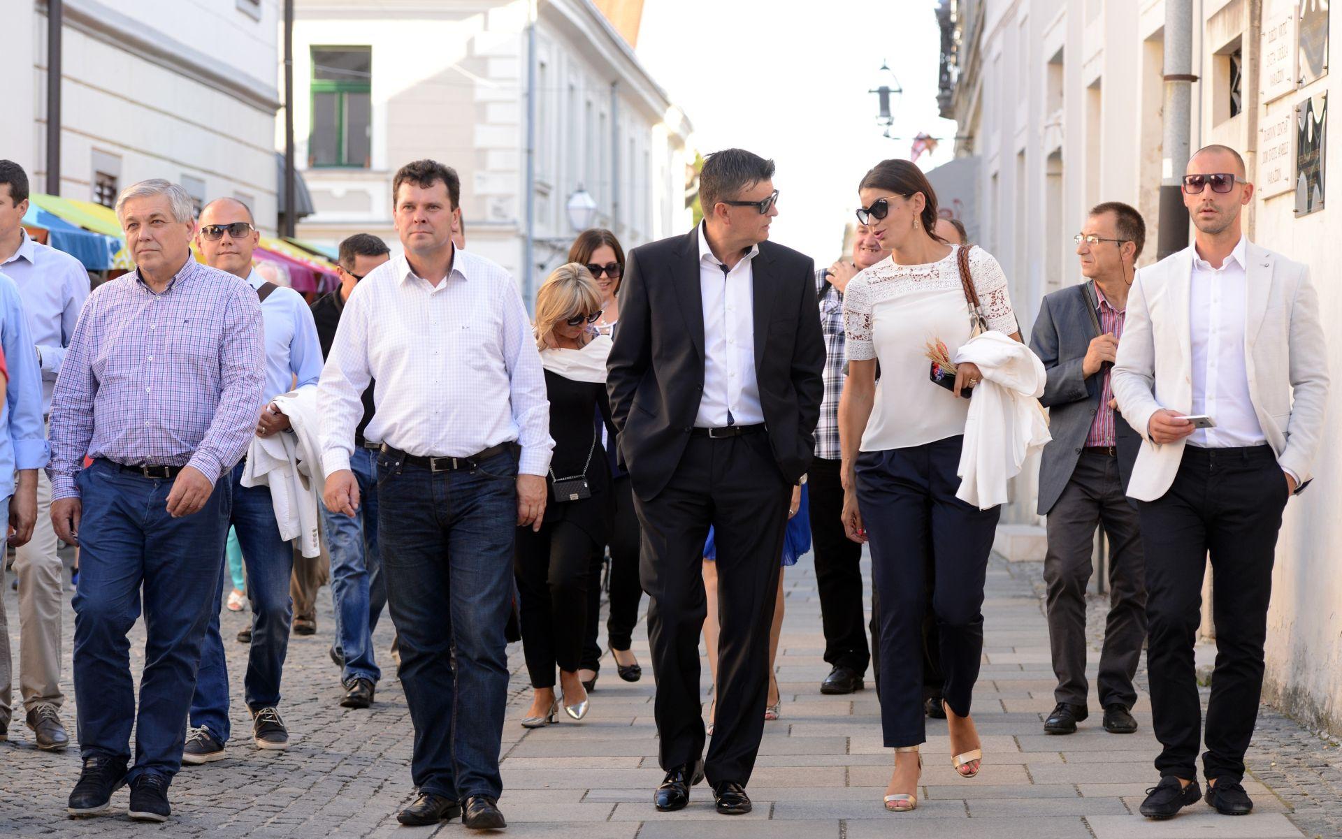 """FOTO: HDZ-ovci Čuljak, Reiner i Rimac posjetili """"Špancirfest"""""""