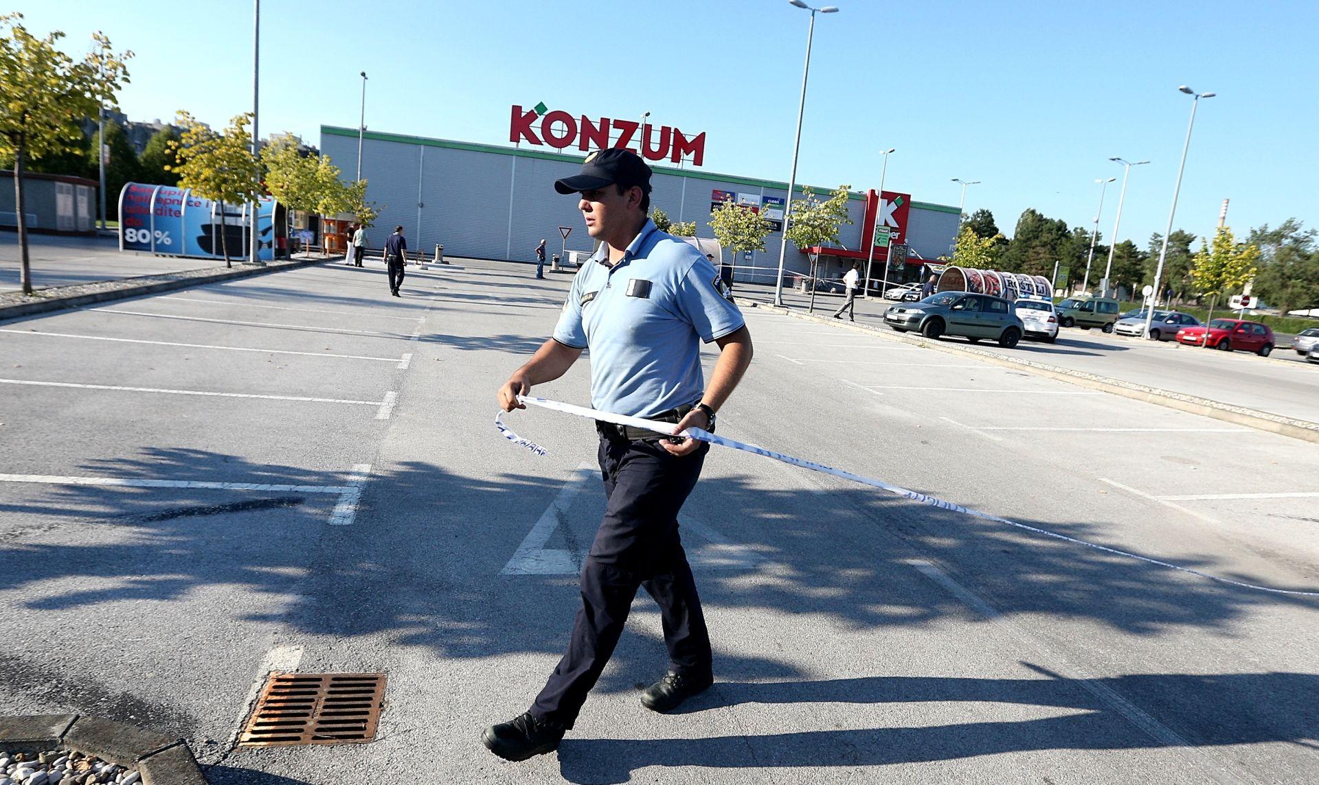 PUCNJAVA U NOVOM ZAGREBU Muškarac ranjen u nogu na parkiralištu Konzuma