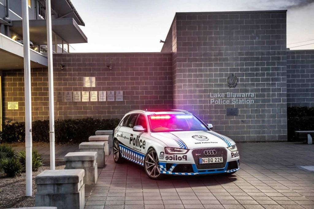 South-Wales-Police-Audi-RS4-1