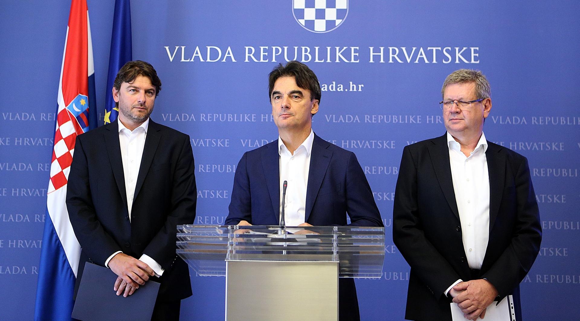 Ministar Grčić poručio građanima: Možete početi trošiti kune koje ste stavljali na stranu