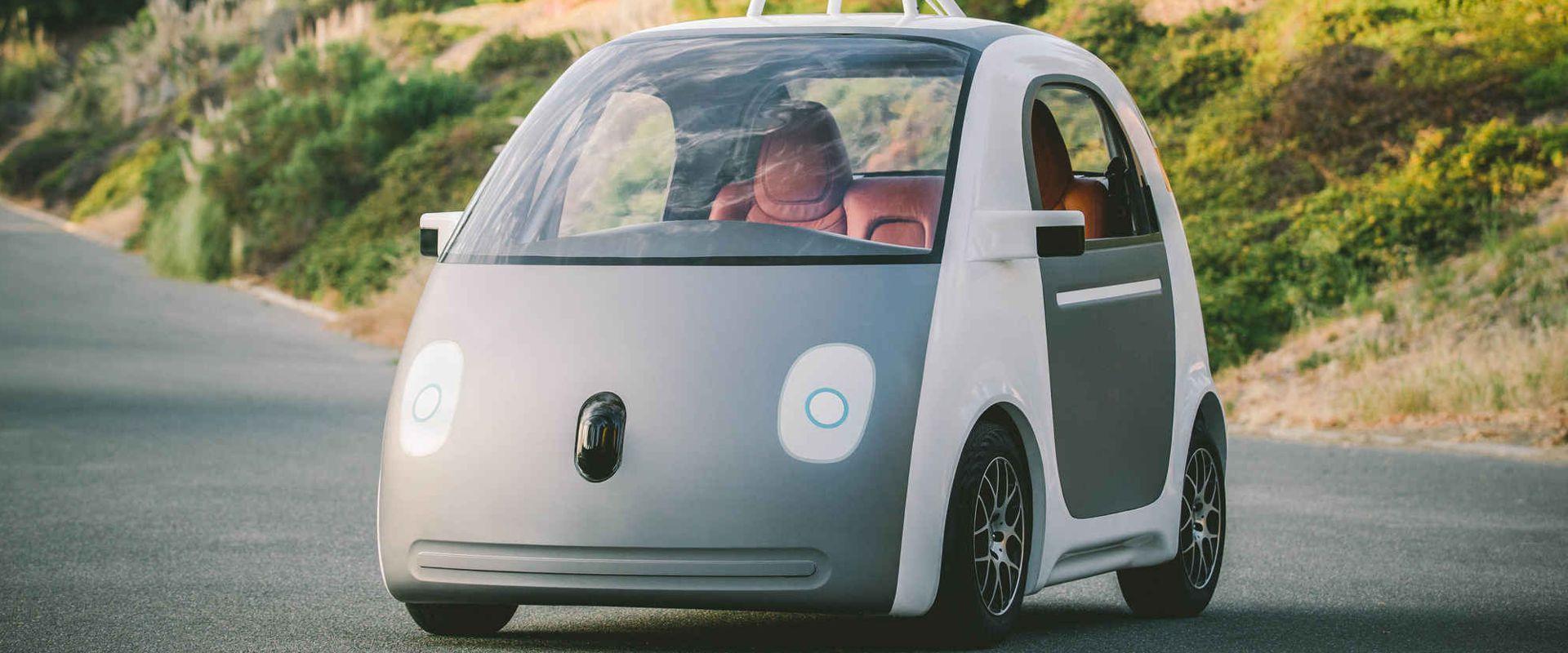 ZASTARJELI PROPISI Američka uprava za sigurnost u prometu odobrila bi automobile s autopilotom
