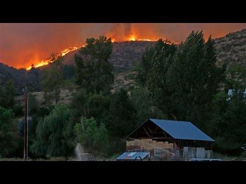 VIDEO: VATRENA STIHIJA 'PROGUTALA' 200 KUĆA Šumski požari bez presedana haraju državom Washington