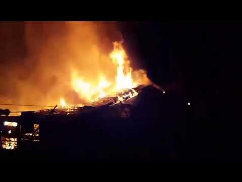 VIDEO: MILIJUNSKE ŠTETE U ZAVIDOVIĆIMA Simbola grada nestao u velikom požaru