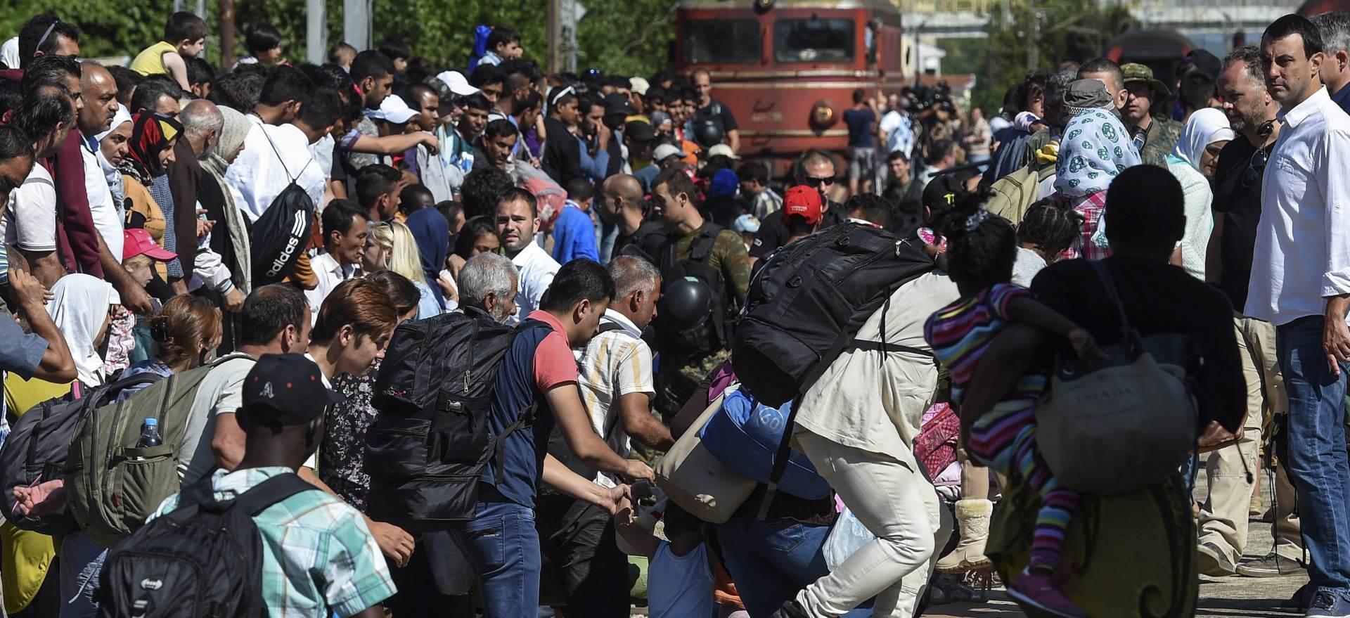 BUDIMPEŠTA: Stotine izbjeglica ušle u vlak za Muenchen