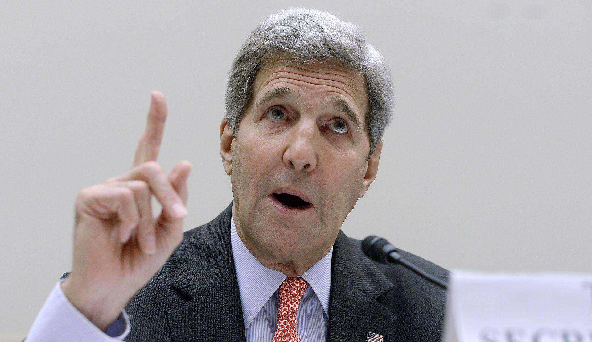 PROBELMI S KINOM: Kerry i Wang razgovarali o napetostima u Južnokineskom moru