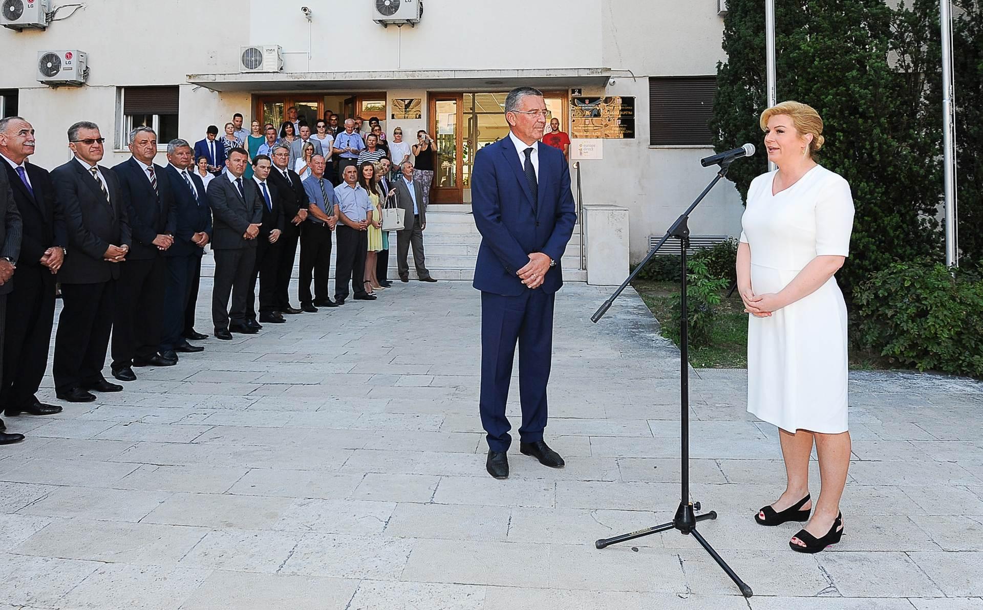 DECENTRALIZACIJA RH: Kolinda otvorila privremeni ured u Splitu