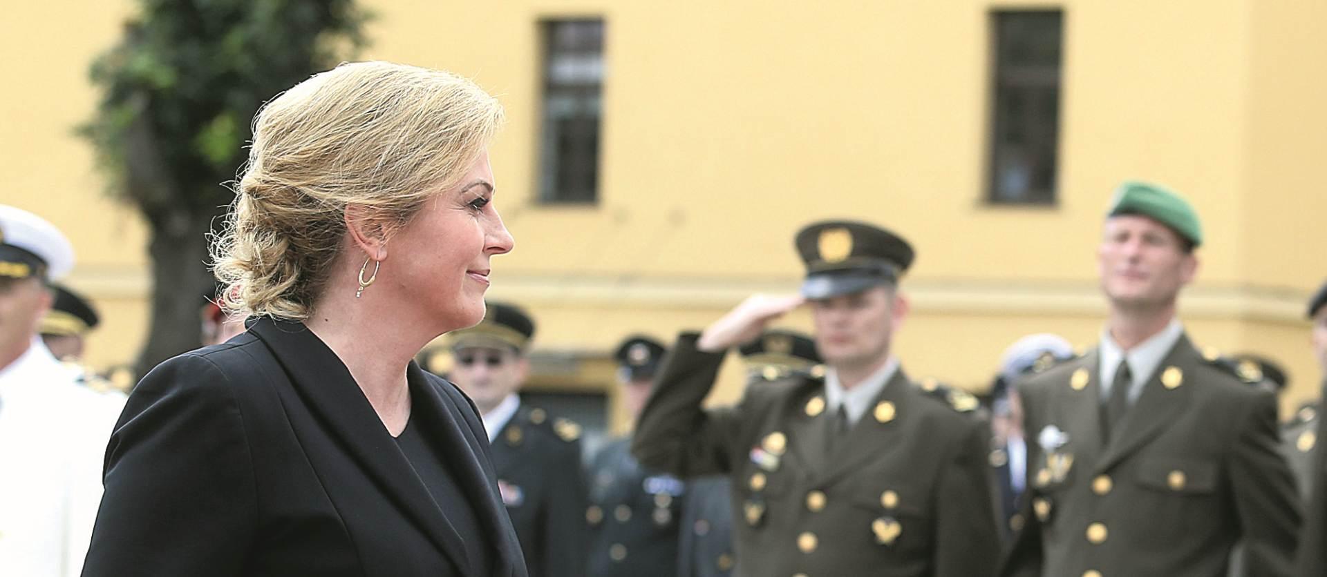 PROSLAVA OLUJE :Predsjednica Grabar-Kitarović na svečanoj akademiji u MORH-u