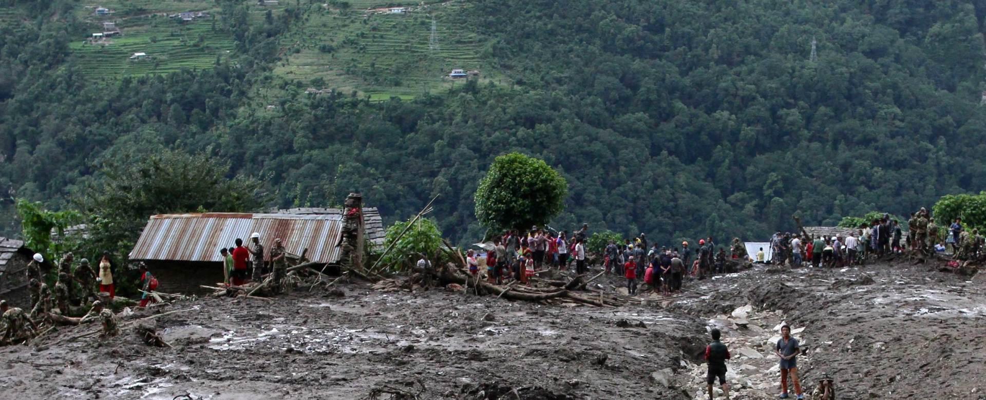 STRADALI RUDARI: Oko 40 osoba nestalo u klizanju terena u Kini