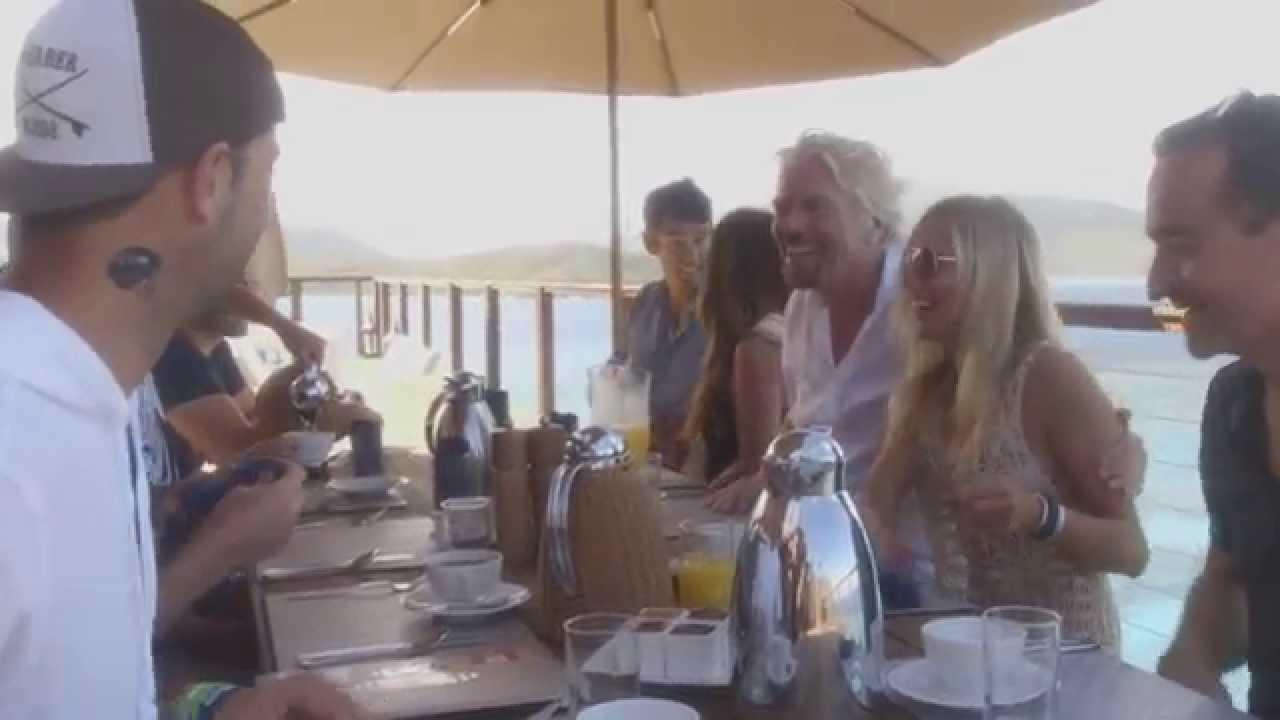 VIDEO: Richard Branson: Zašto sam kupio otok? Pa da zadivim djevojku, naravno