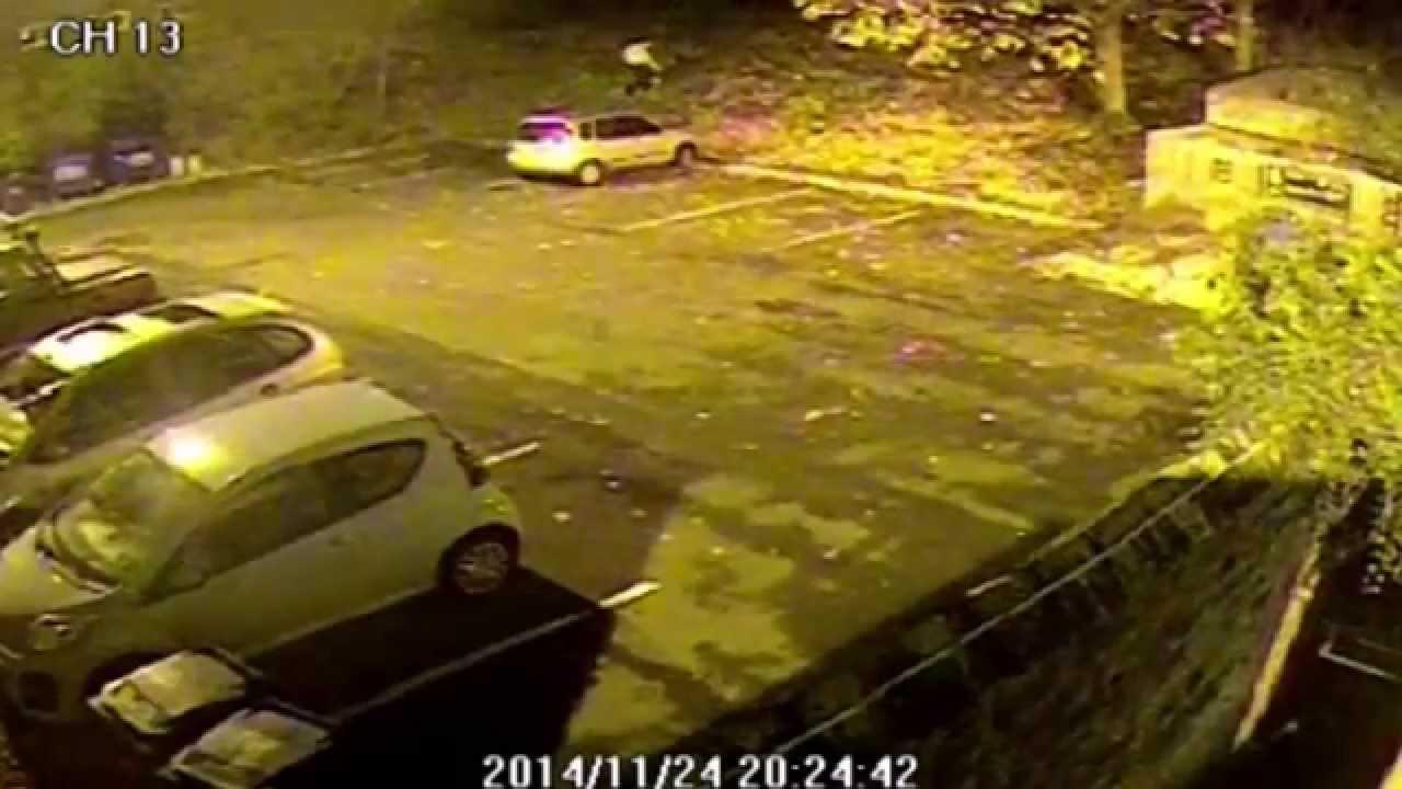 VIDEO: Kamera ulovila mladića kako brutalno mlati djevojku