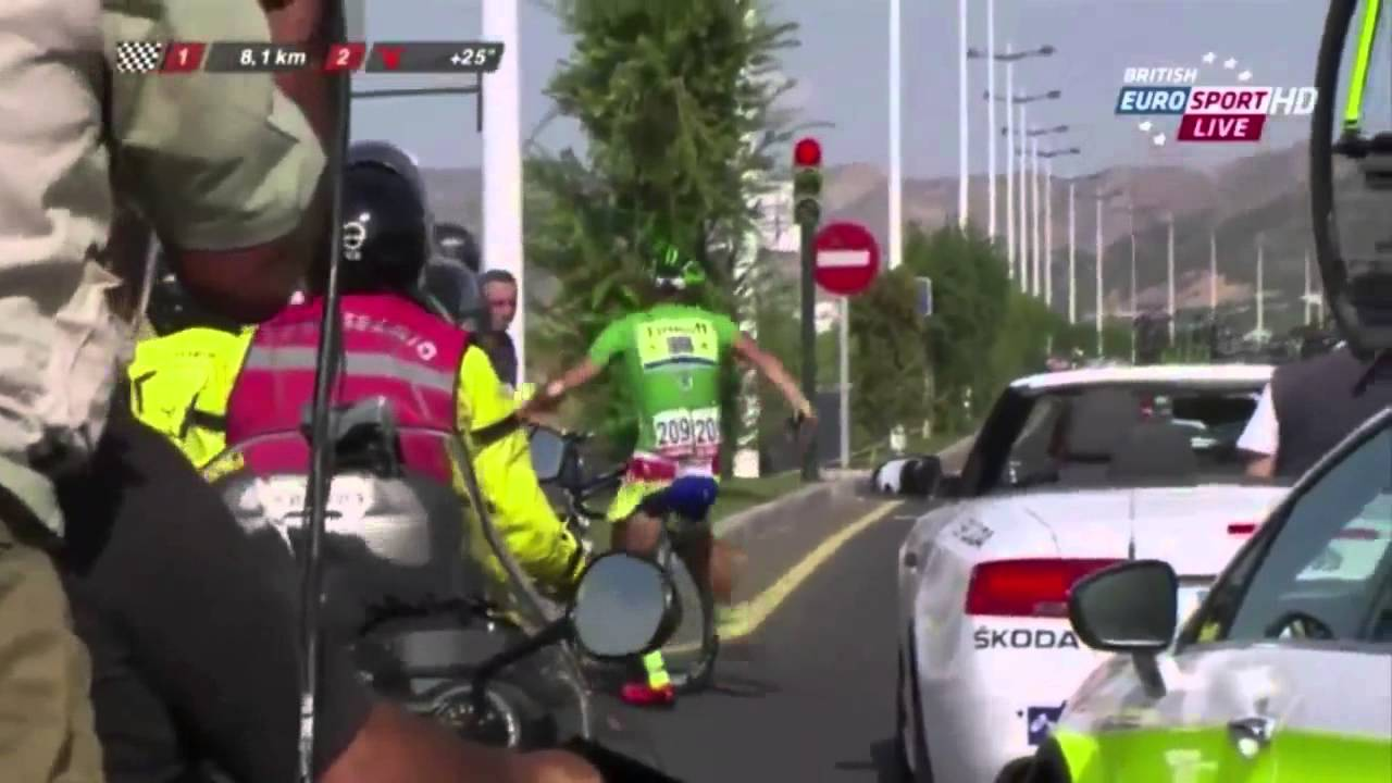 VIDEO: STRAVIČAN SUDAR Biciklist Kris Boeckmans (28) nalazi se u induciranoj komi