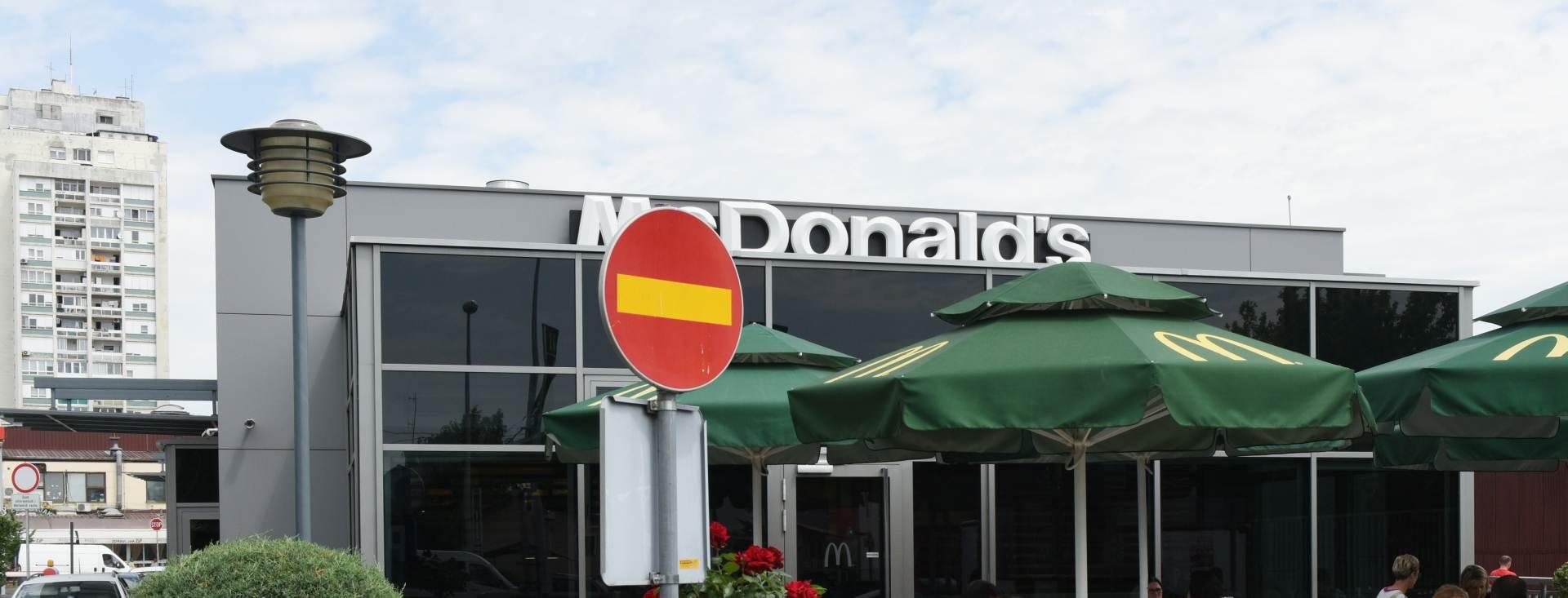 Kardinali bijesni zbog McDonald'sa u Vatikanu
