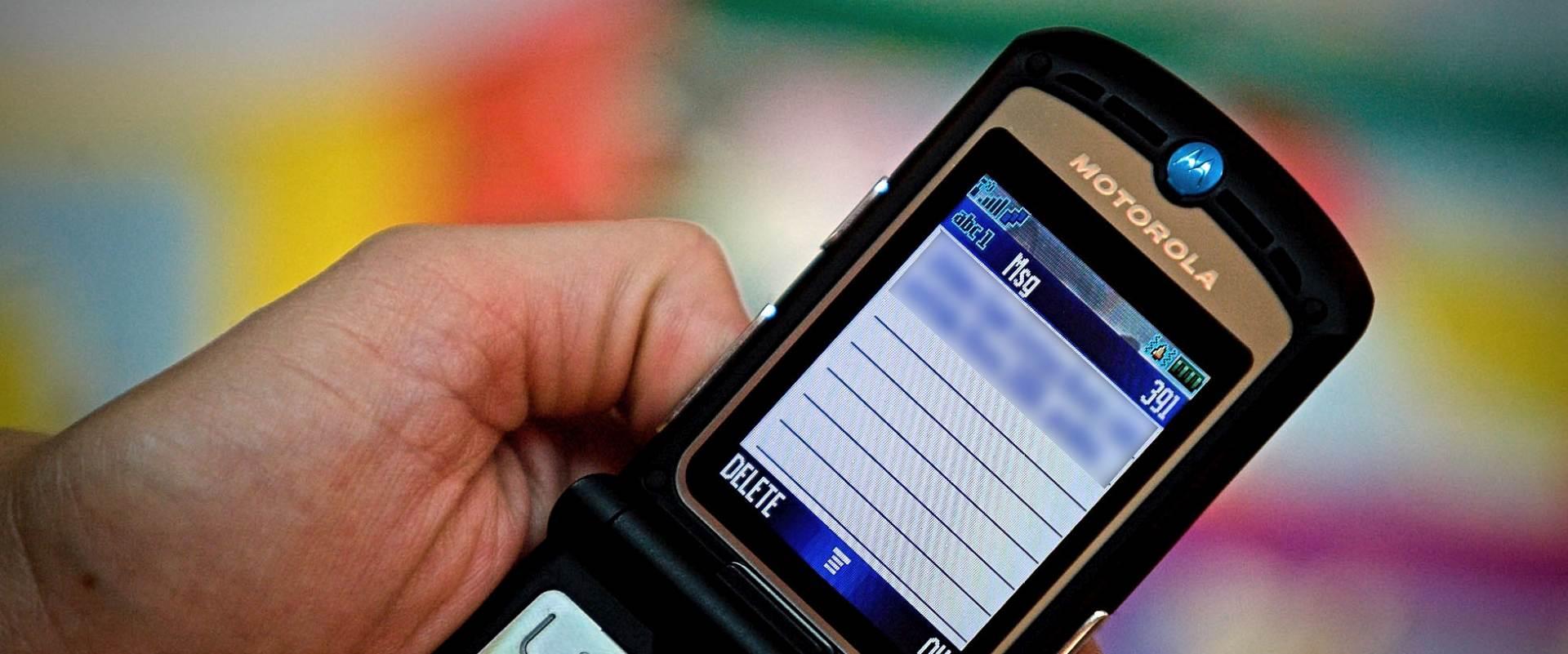 KRŠENJE ŠUTNJE: HAKOM-u proslijeđeni brojevi s kojih su slani sms-ovi