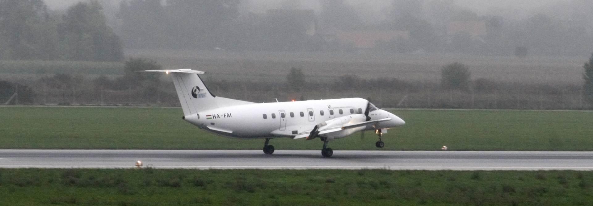 HACZ UPOZORAVA: Sea Air nije ovlašten za komercijalni zračni prijevoz putnika