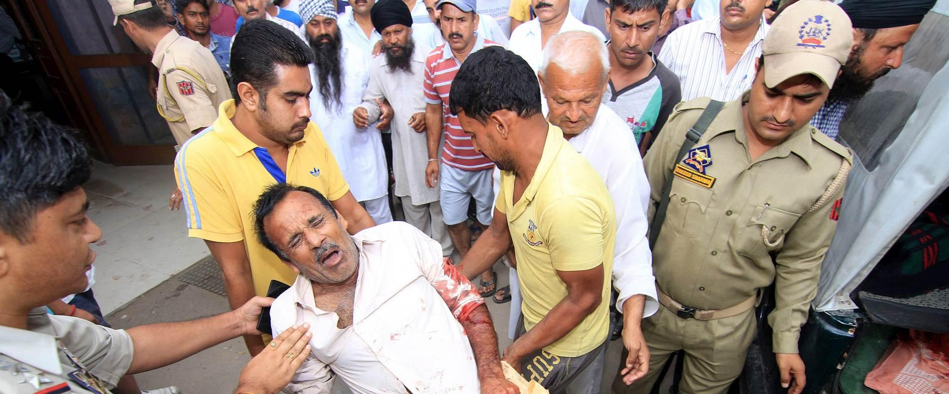 DUGOGODIŠNJI SUKOB: U pucnjavi na indijsko-pakistanskoj granici puno mrtvih i ranjenih