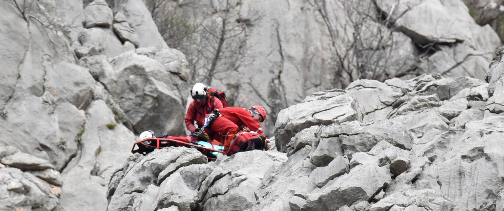 NESREĆA Penjačica poginula u kanjonu Velike Paklenice, penjač teško ozlijeđen