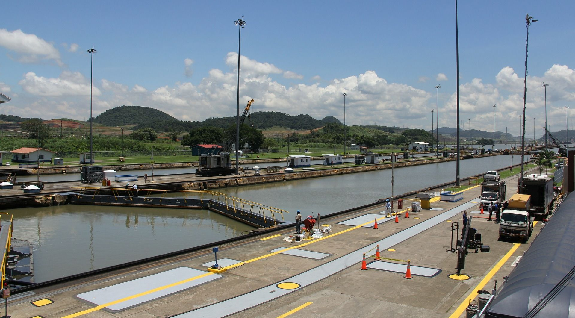 NAJVEĆE SUŠE U 102 GODINE Ograničava se veličina brodova u Panamskom kanalu